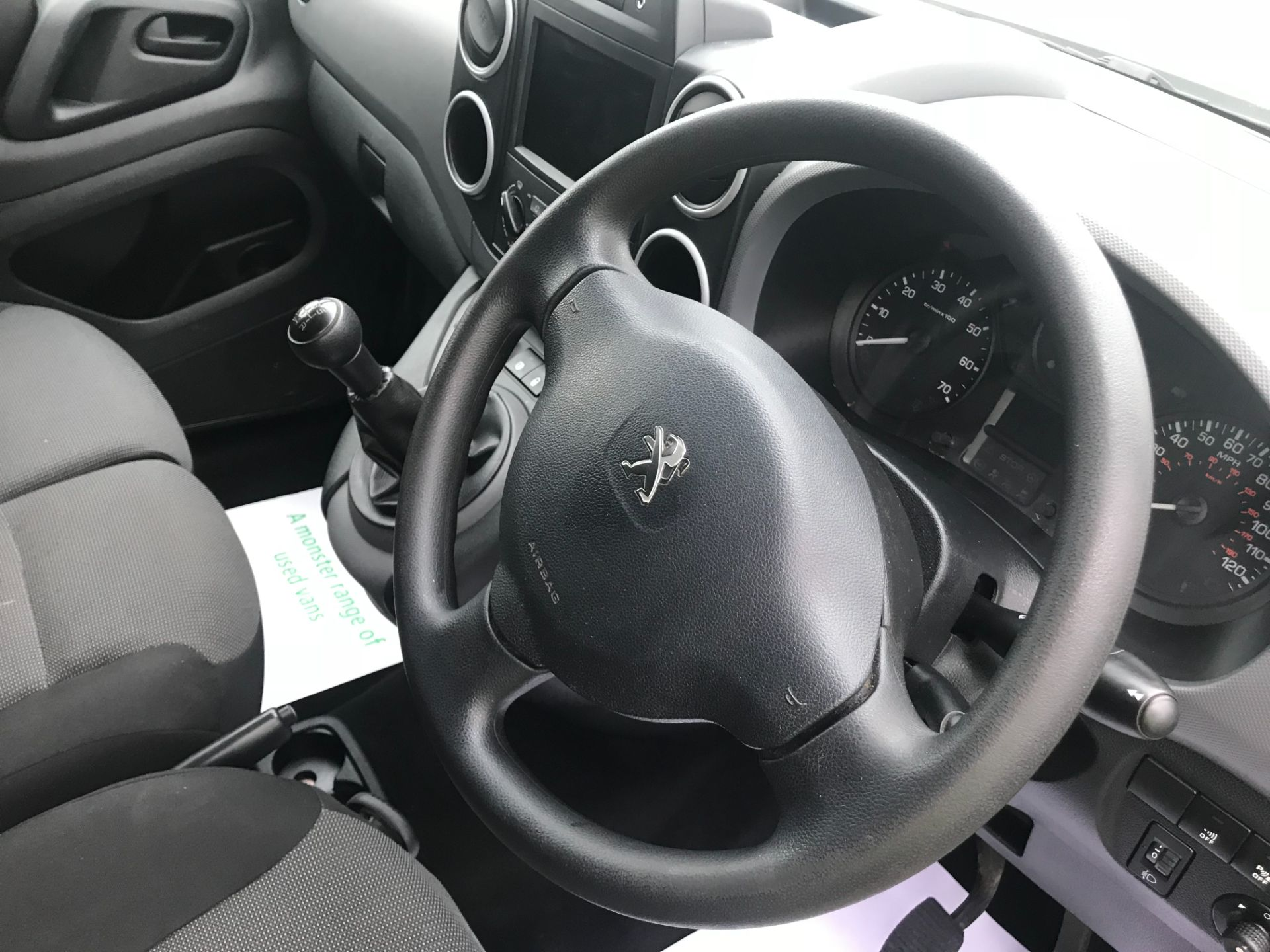 2018 Peugeot Partner 850 1.6 Bluehdi 100 Professional Van [Non Ss] EURO 6 (NV18MWN) Image 23