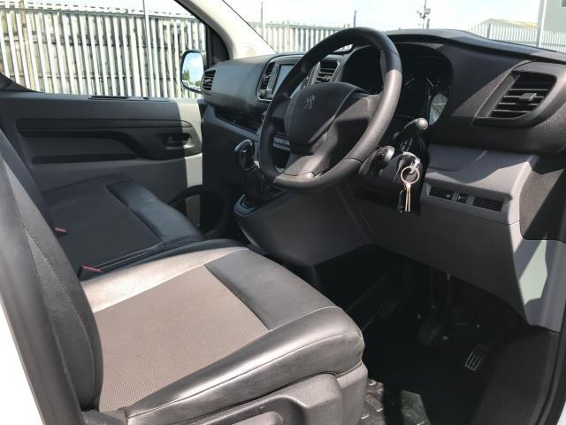 2018 Peugeot Expert 1000 1.6BLUEHDI 95PS PROFESSIONAL EURO 6 (NV18NDZ) Image 19