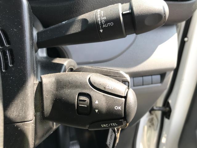 2018 Peugeot Expert 1000 1.6BLUEHDI 95PS PROFESSIONAL EURO 6 (NV18NDZ) Image 27