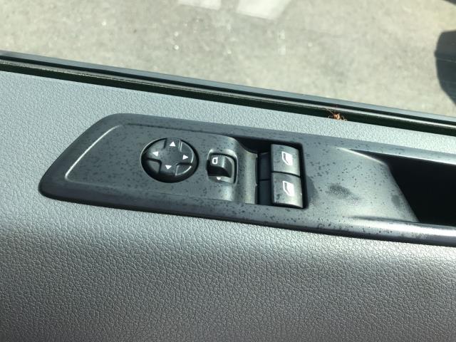 2018 Peugeot Expert 1000 1.6BLUEHDI 95PS PROFESSIONAL EURO 6 (NV18NDZ) Image 17
