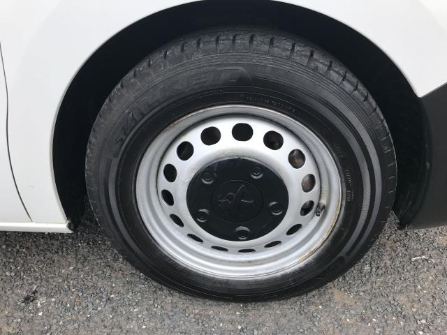 2018 Peugeot Expert 1000 1.6BLUEHDI 95PS PROFESSIONAL EURO 6 (NV18NFE) Image 20