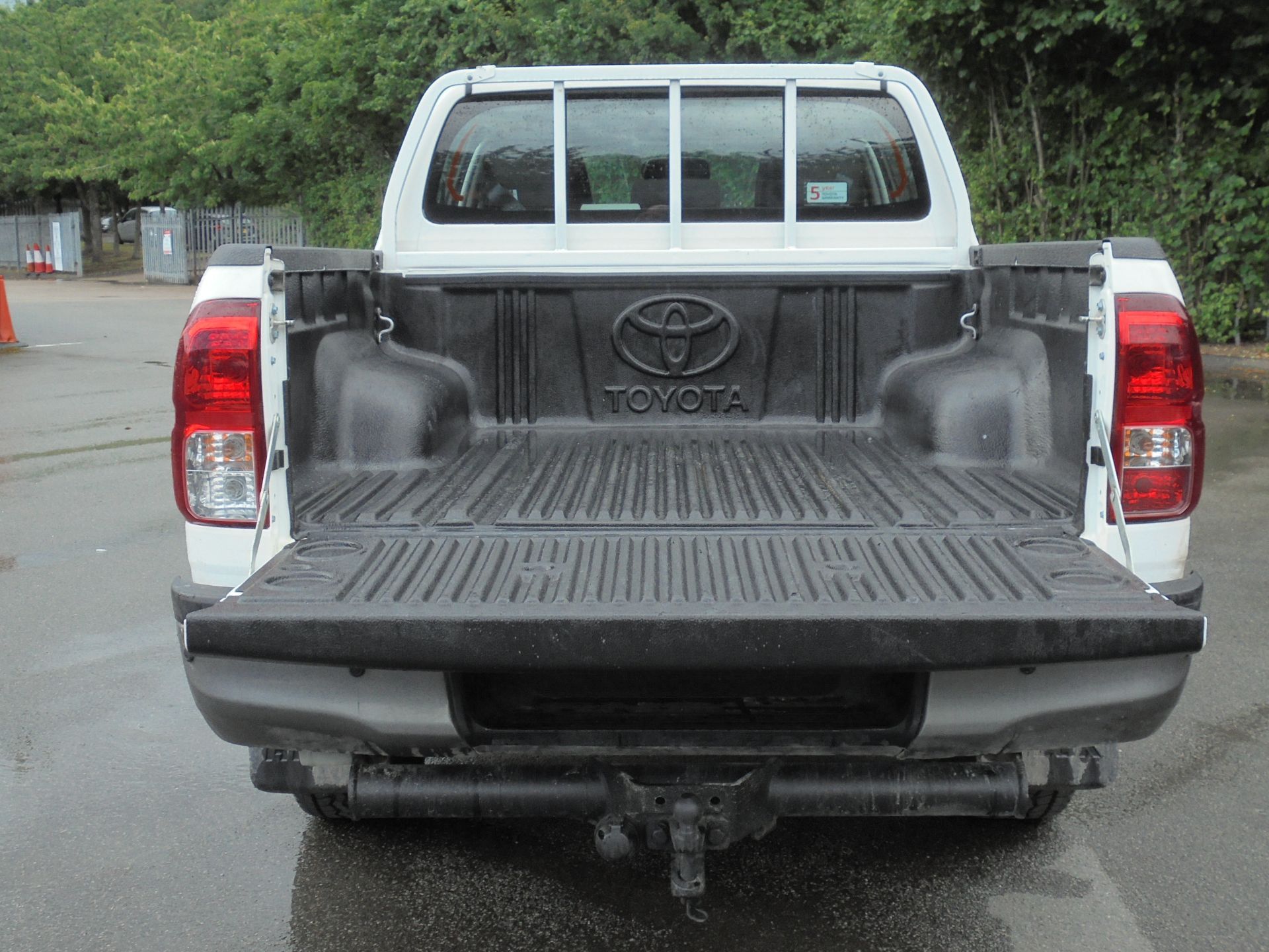 2018 Toyota Hilux Active D/Cab Pick Up 2.5 D-4D 4Wd 144 (NV18NTC) Image 8