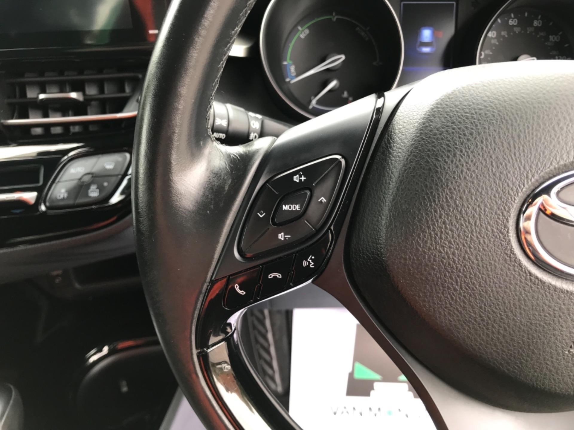 2018 Toyota C-Hr 1.8 Hybrid Dynamic 5Dr Cvt (NV18NVX) Image 17