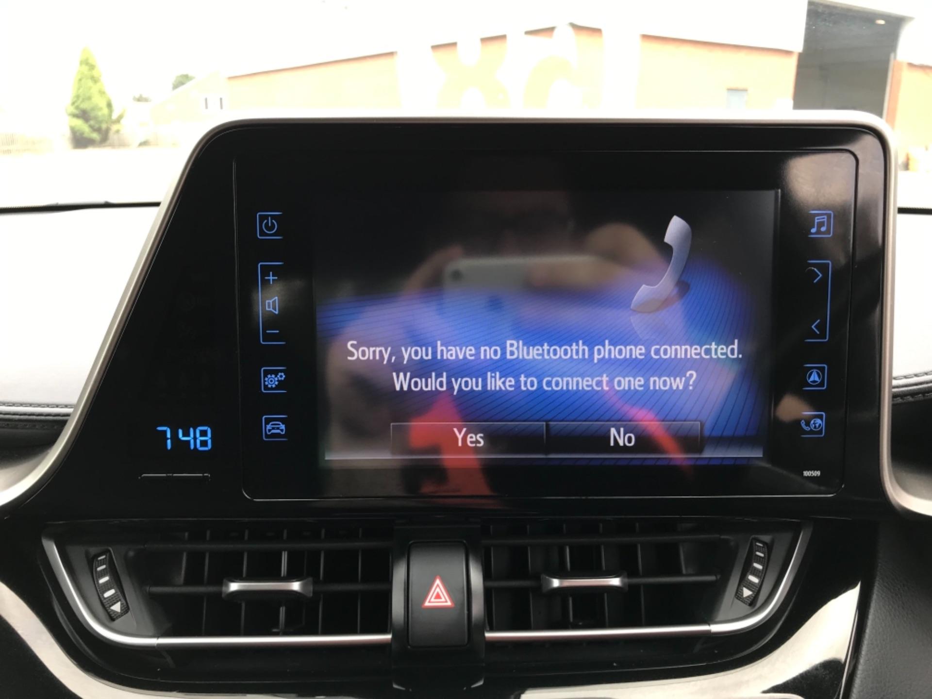 2018 Toyota C-Hr 1.8 Hybrid Dynamic 5Dr Cvt (NV18NVX) Image 28