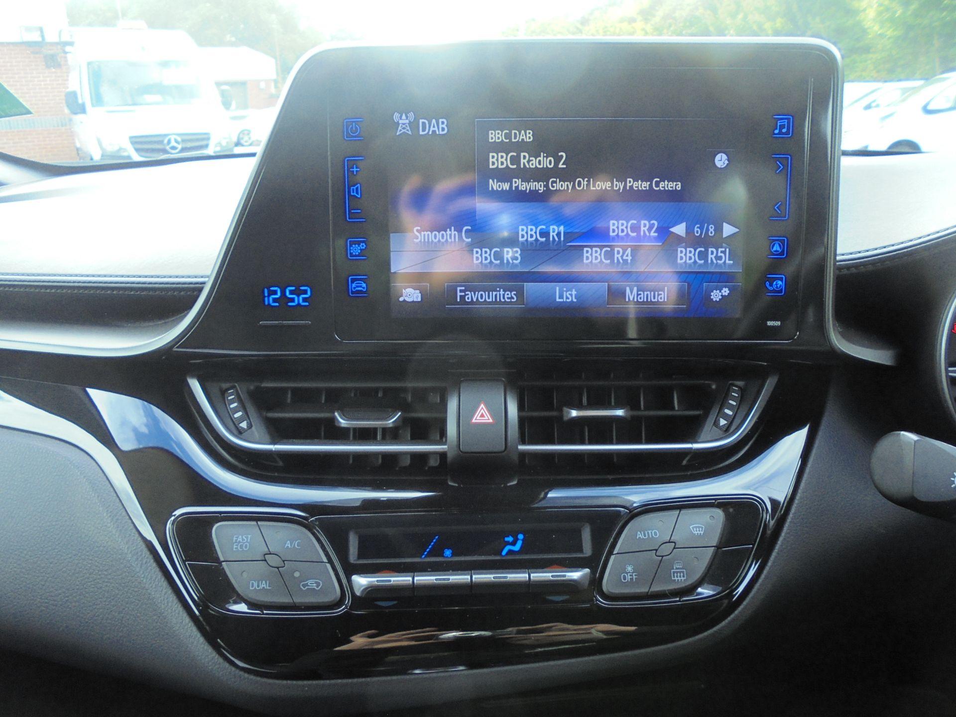 2018 Toyota C-Hr 1.8 Hybrid Icon 5Dr Cvt (NV18NWB) Image 14