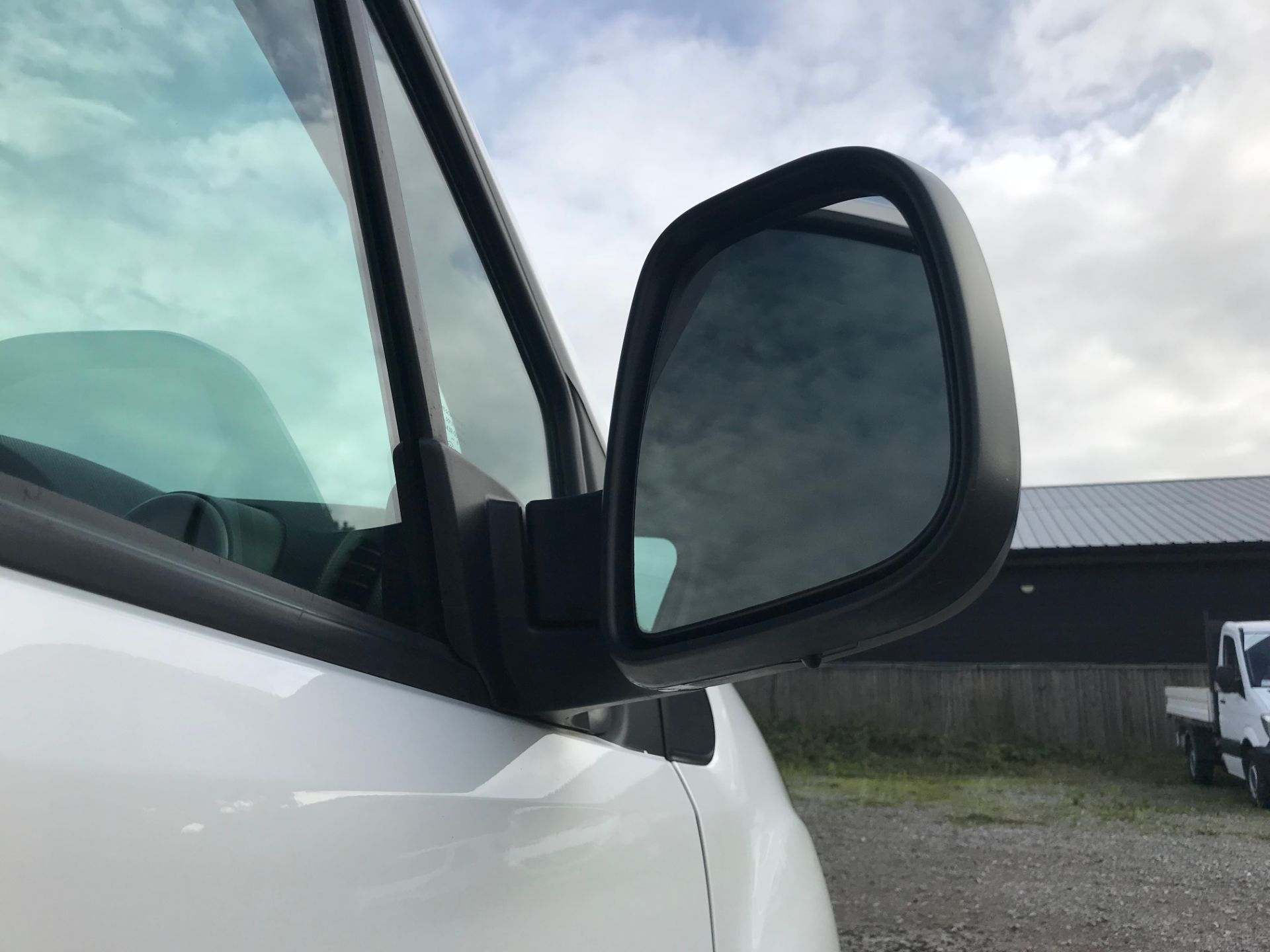 2018 Peugeot Partner 850 1.6 Bluehdi 100 Professional Van [Non Ss]*Restricted to 69MPH* (NV18PXR) Image 13