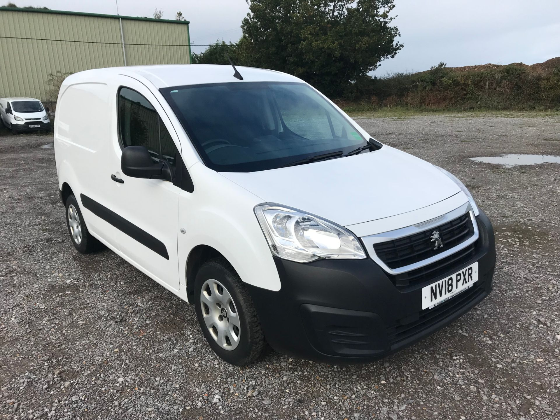 2018 Peugeot Partner 850 1.6 Bluehdi 100 Professional Van [Non Ss]*Restricted to 69MPH* (NV18PXR)