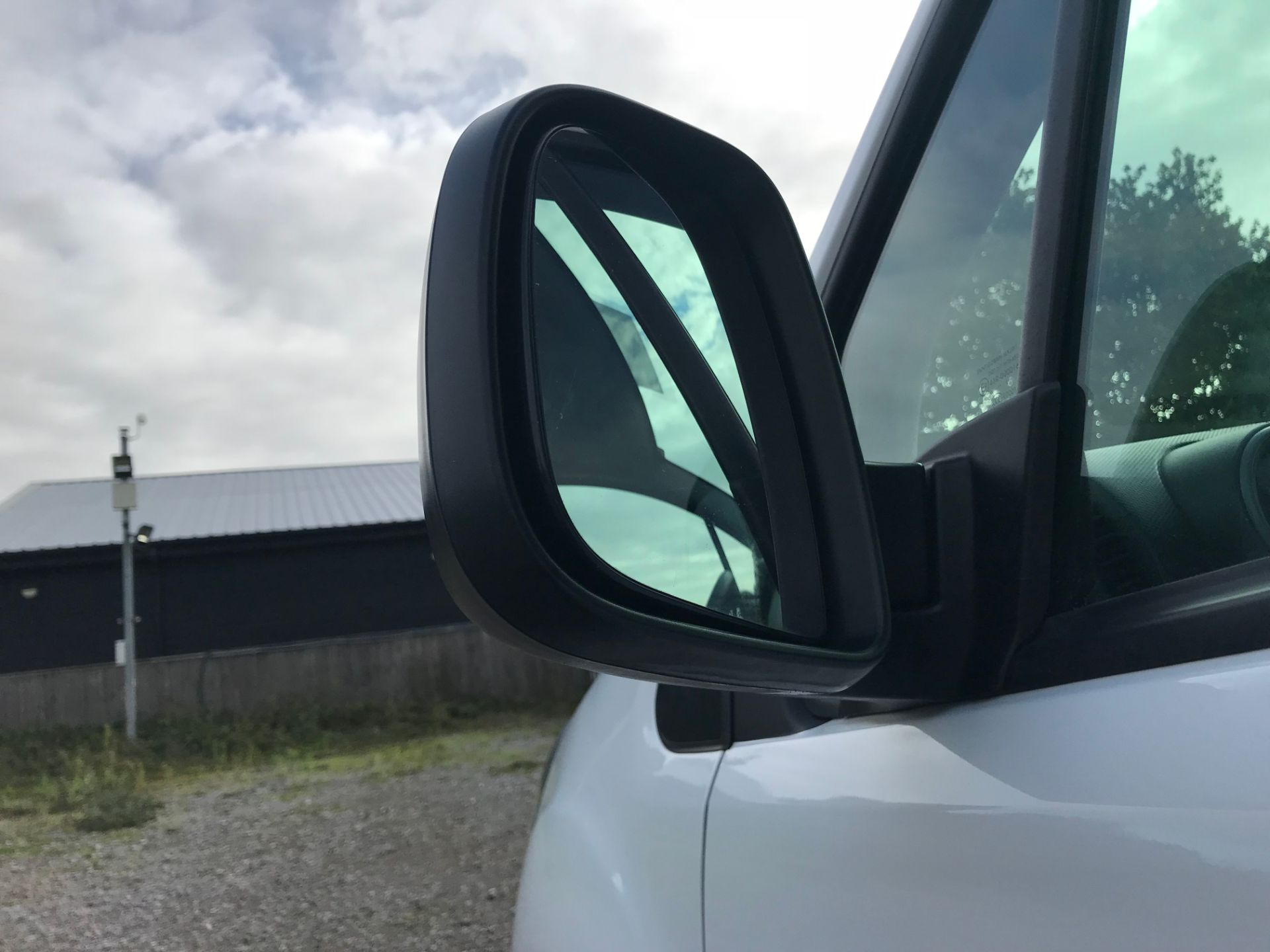 2018 Peugeot Partner 850 1.6 Bluehdi 100 Professional Van [Non Ss]*Restricted to 69MPH* (NV18PXR) Image 14