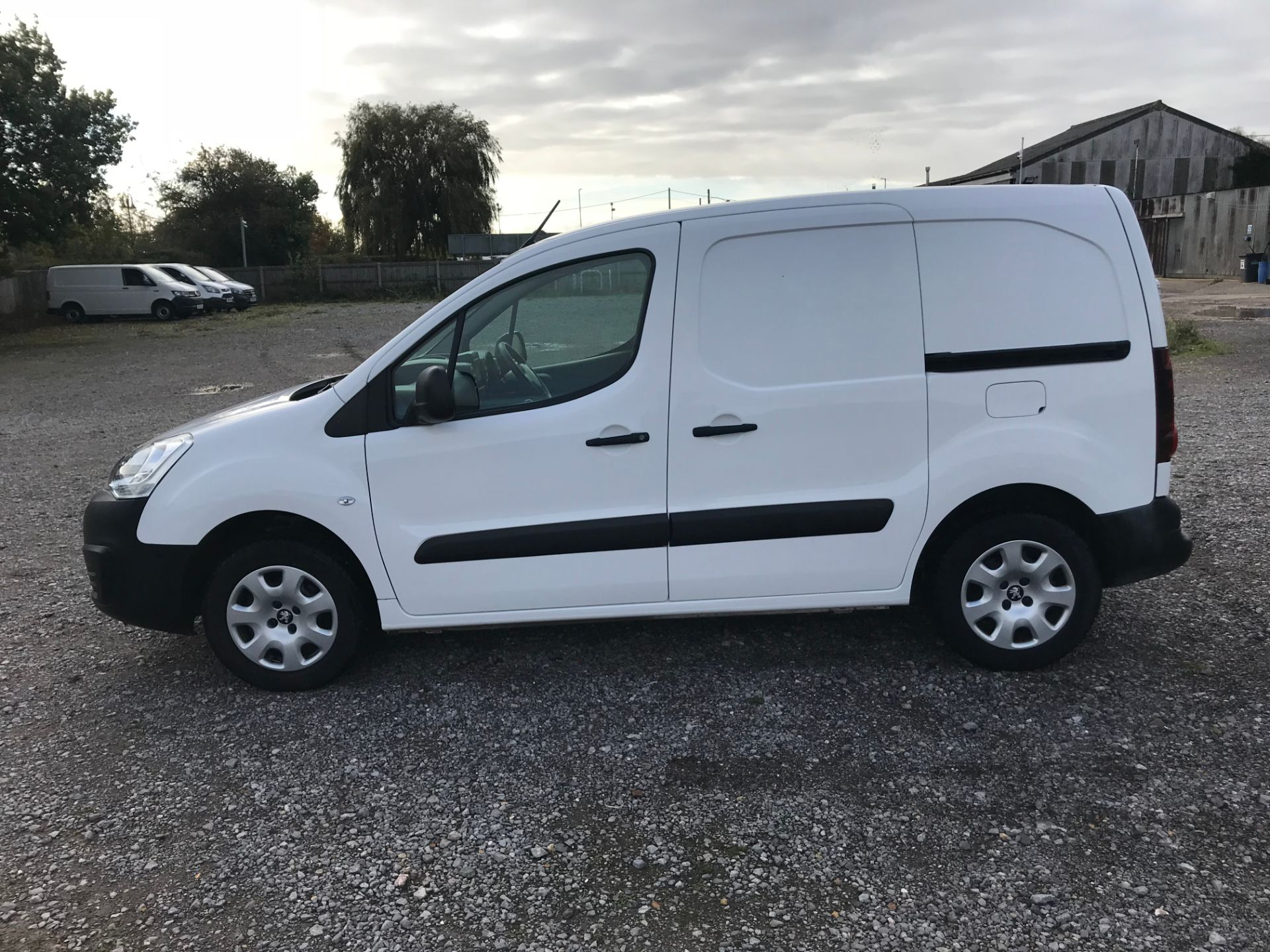 2018 Peugeot Partner 850 1.6 Bluehdi 100 Professional Van [Non Ss]*Restricted to 69MPH* (NV18PXR) Image 7