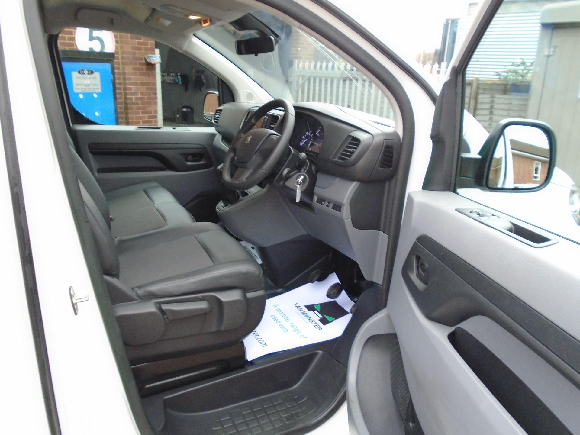 2018 Peugeot Expert 1000 1.6 Bluehdi 95 Professional Van(EURO 6) (NV18UNM) Image 19