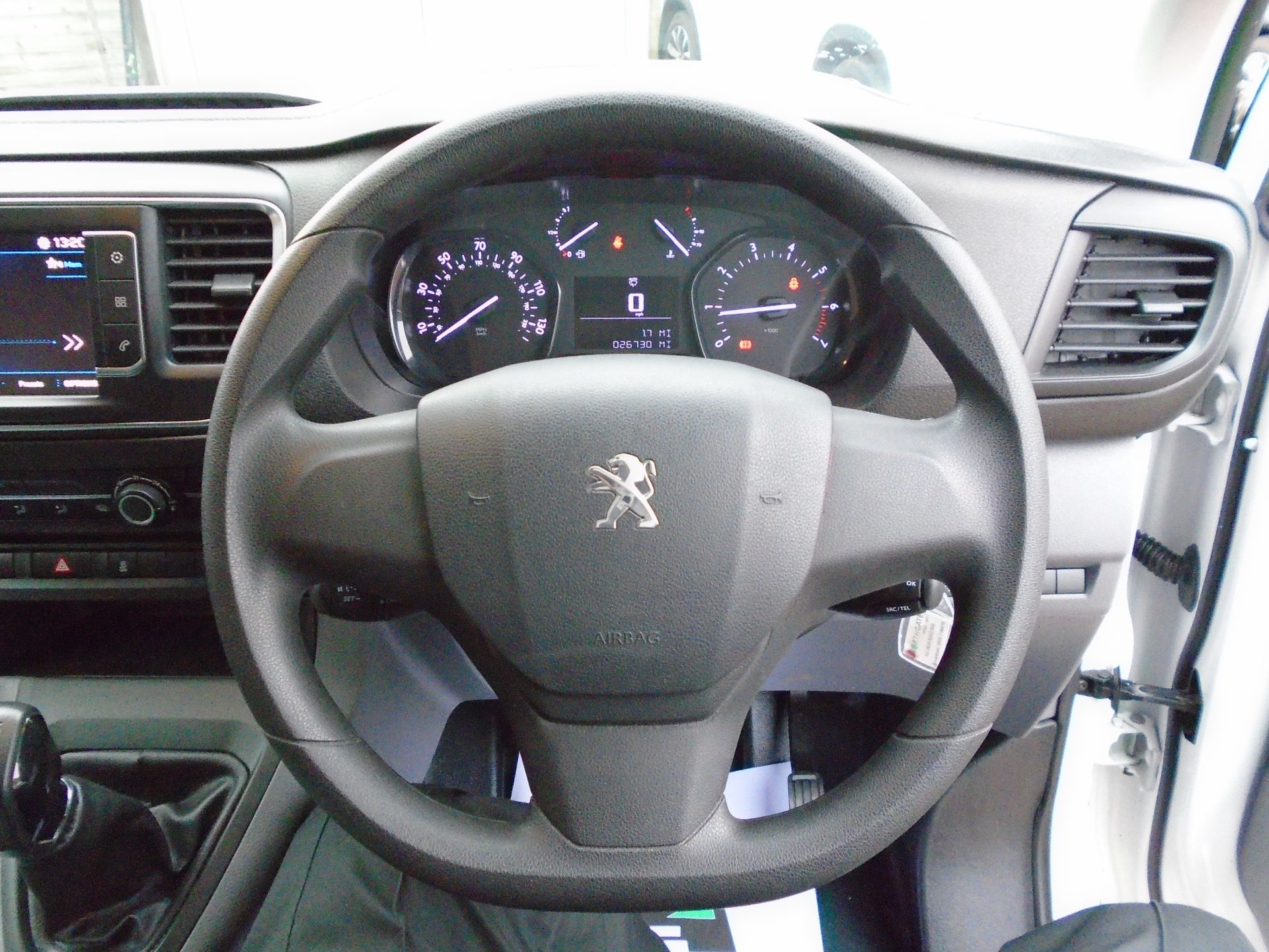 2018 Peugeot Expert 1000 1.6 Bluehdi 95 Professional Van(EURO 6) (NV18UNM) Image 24