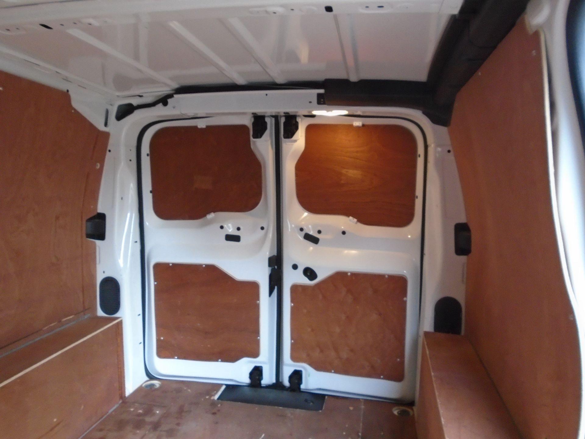 2018 Peugeot Expert 1000 1.6 Bluehdi 95 Professional Van(EURO 6) (NV18UNM) Image 15