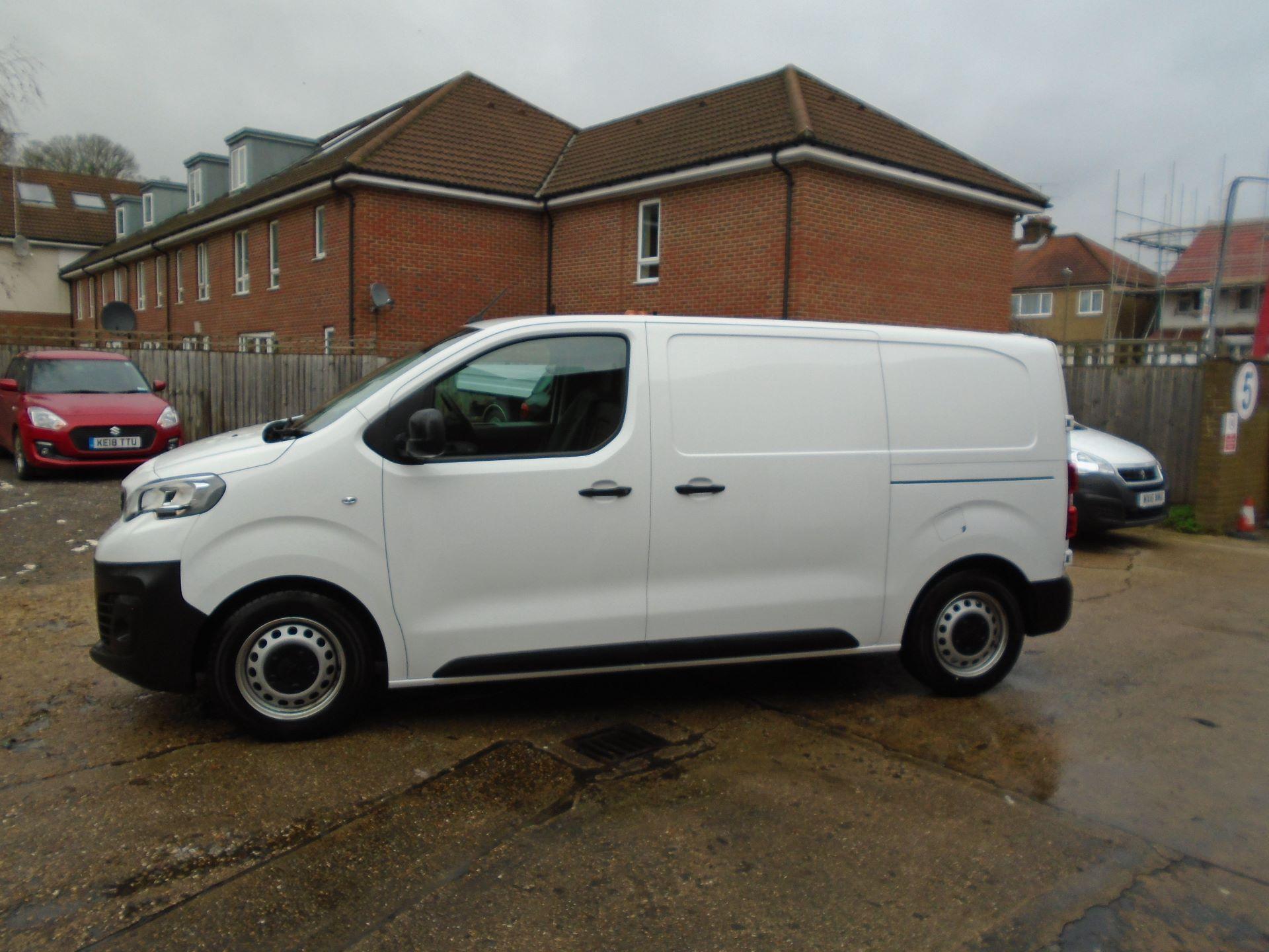 2018 Peugeot Expert 1000 1.6 Bluehdi 95 Professional Van(EURO 6) (NV18UNM) Image 11