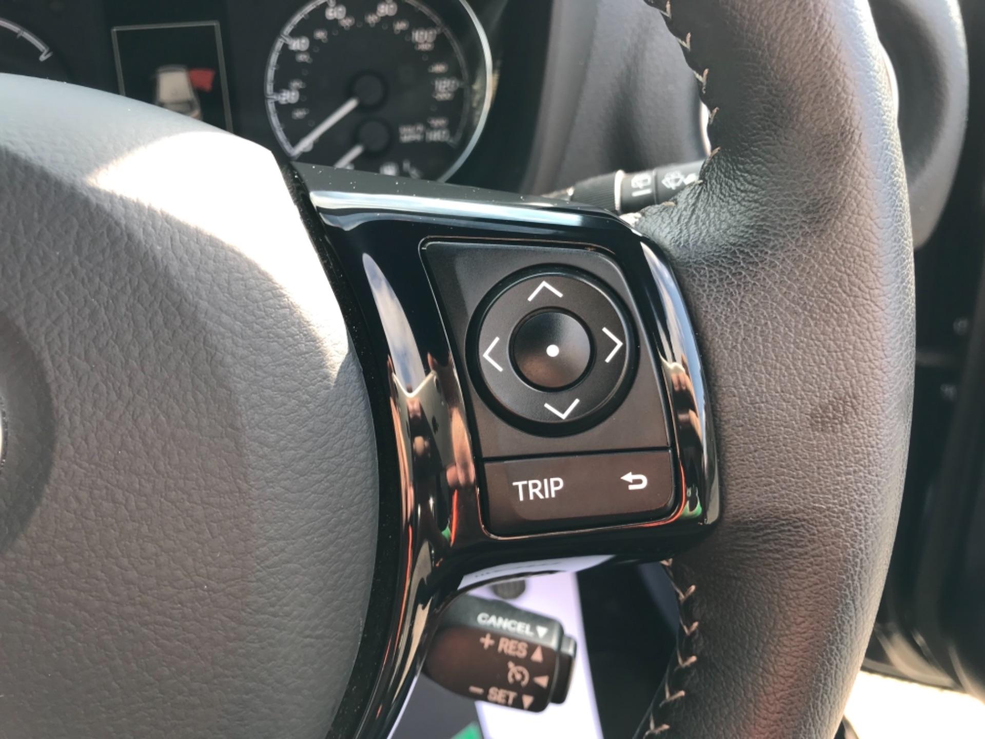 2018 Toyota Yaris 1.5 Hybrid Excel 5Dr Cvt (NV18UZP) Image 18