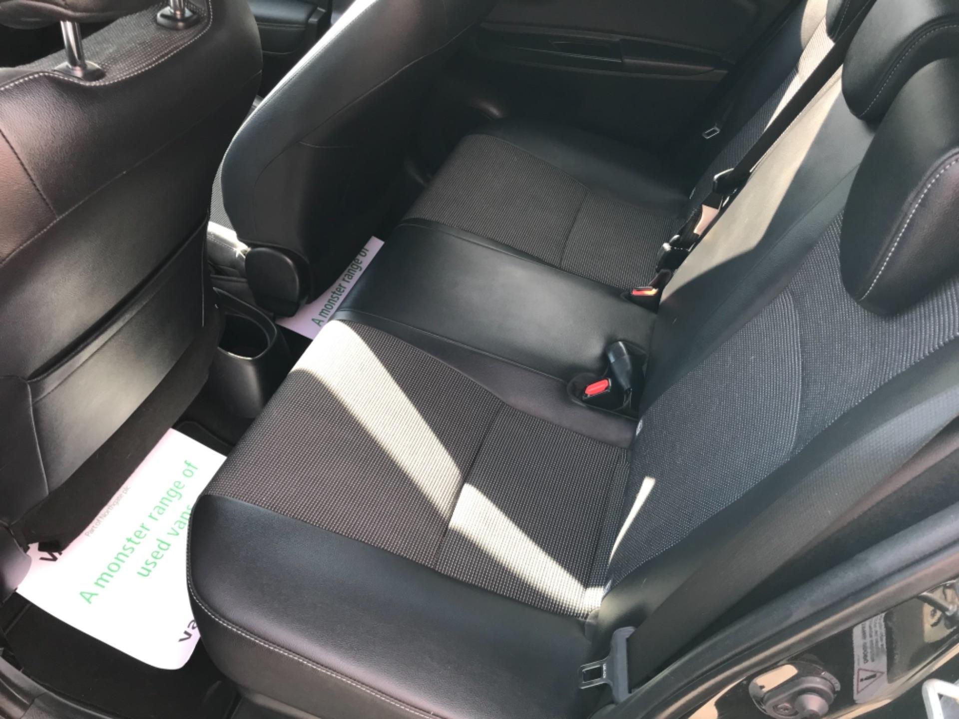 2018 Toyota Yaris 1.5 Hybrid Excel 5Dr Cvt (NV18UZP) Image 45