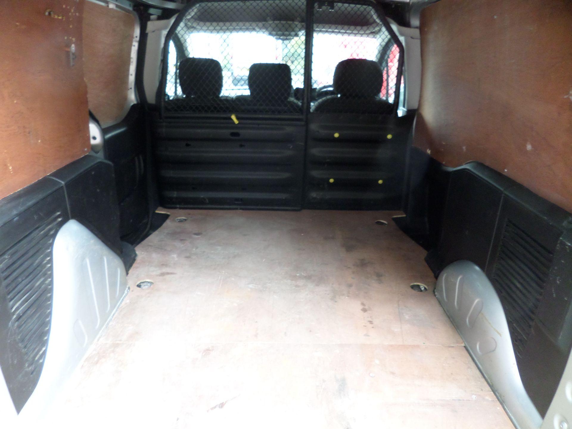 2018 Peugeot Partner 850 1.6 Bluehdi 100 Professional Van [Non Ss] Euro 6 (NV18ZBY) Image 5