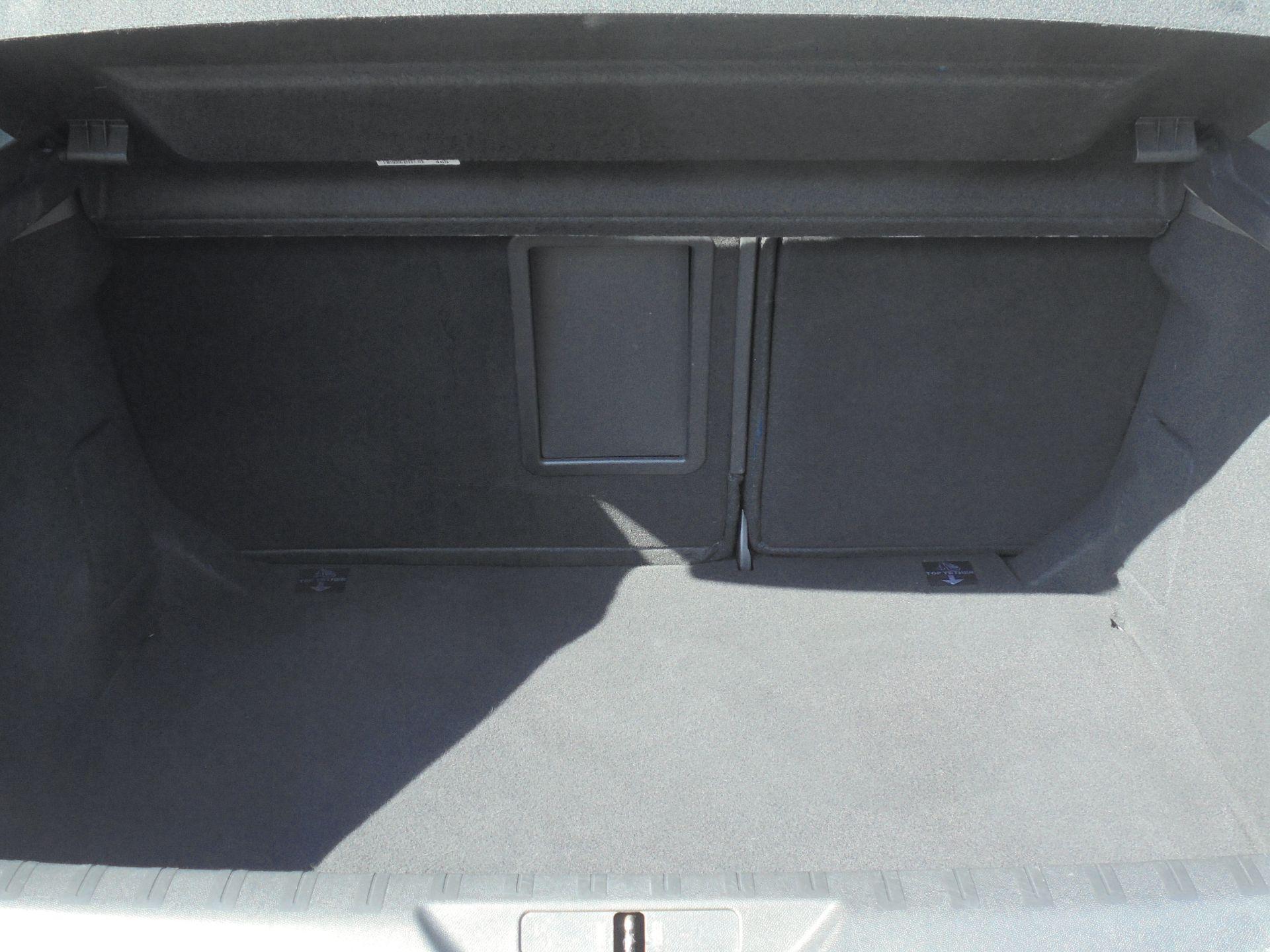 2018 Peugeot 308 1.5 Bluehdi 130 Allure 5Dr (NV18ZWP) Image 9