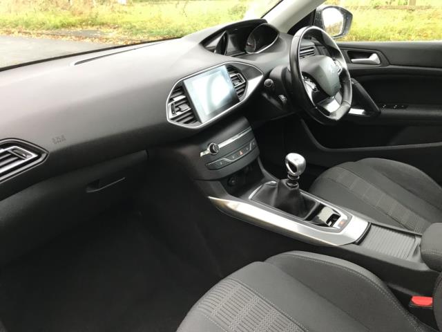 2018 Peugeot 308 1.5 Bluehdi 130 Allure 5Dr (NV18ZWY) Image 10