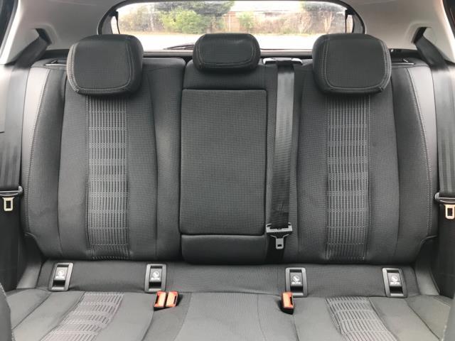 2018 Peugeot 308 1.5 Bluehdi 130 Allure 5Dr (NV18ZWY) Image 18