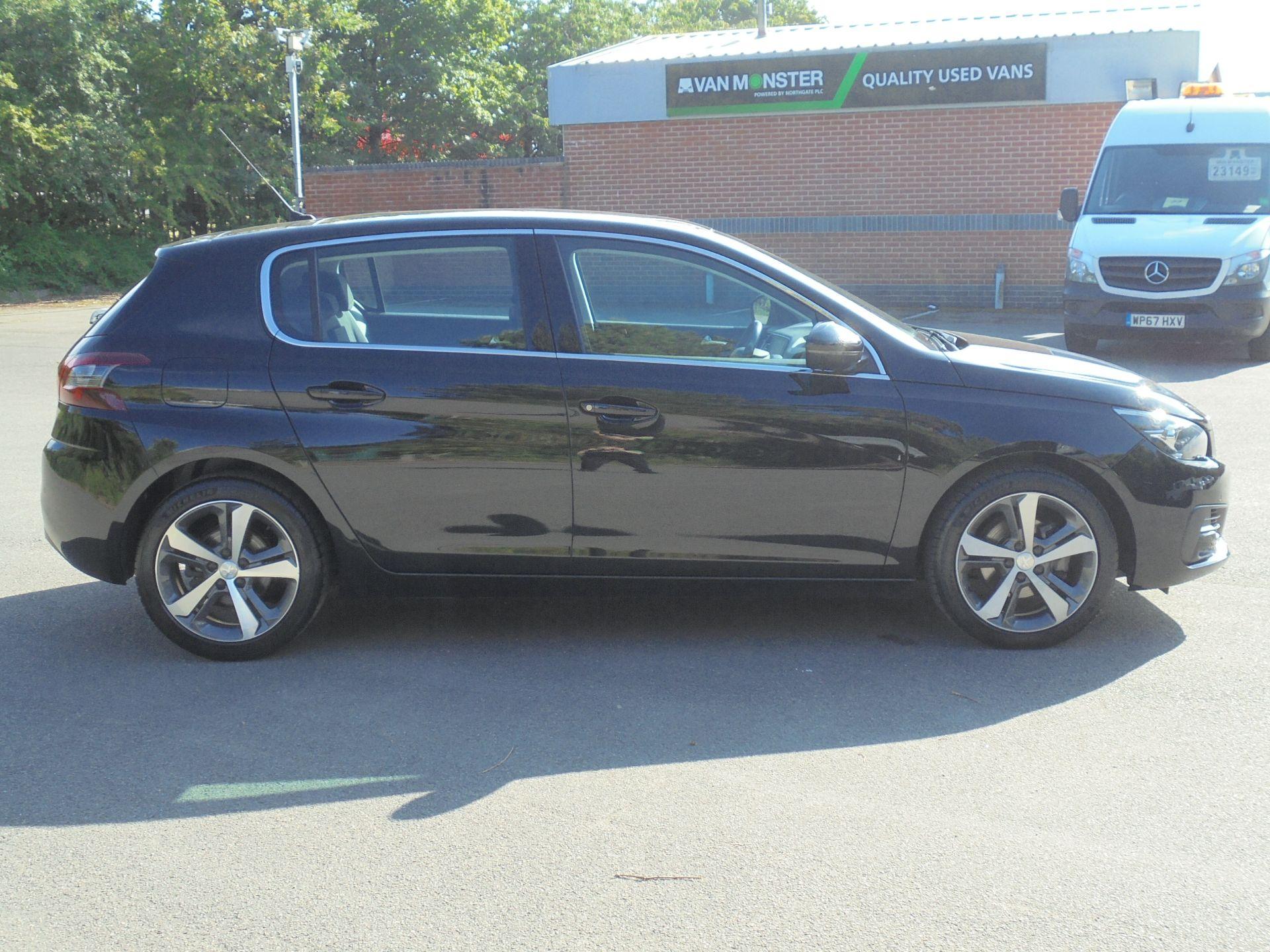 2018 Peugeot 308 1.5 Bluehdi 130 Allure 5Dr (NV18ZXA) Image 10