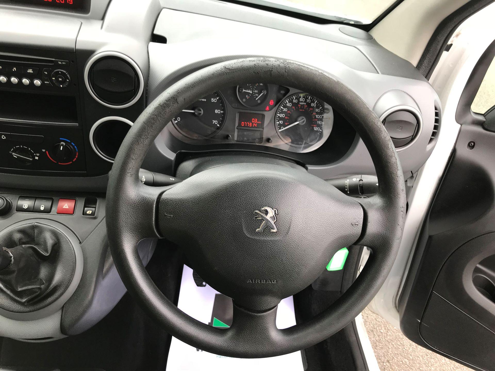 2014 Peugeot Partner L1 850 S 1.6 92PS (SLD) EURO 5 (NV63VJA) Image 20