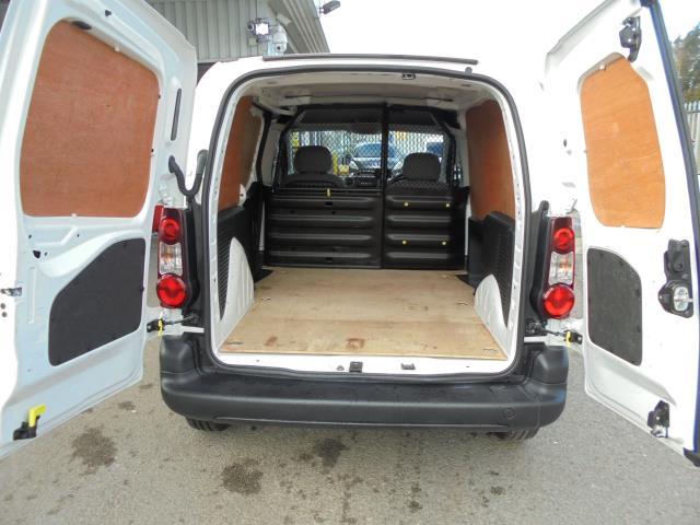 2014 Peugeot Partner L1 850 S 1.6 92PS (SLD) EURO 5 (NV64BPK) Image 15