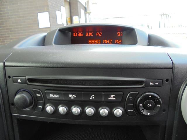 2014 Peugeot Partner L1 850 S 1.6 92PS (SLD) EURO 5 (NV64BPK) Image 10