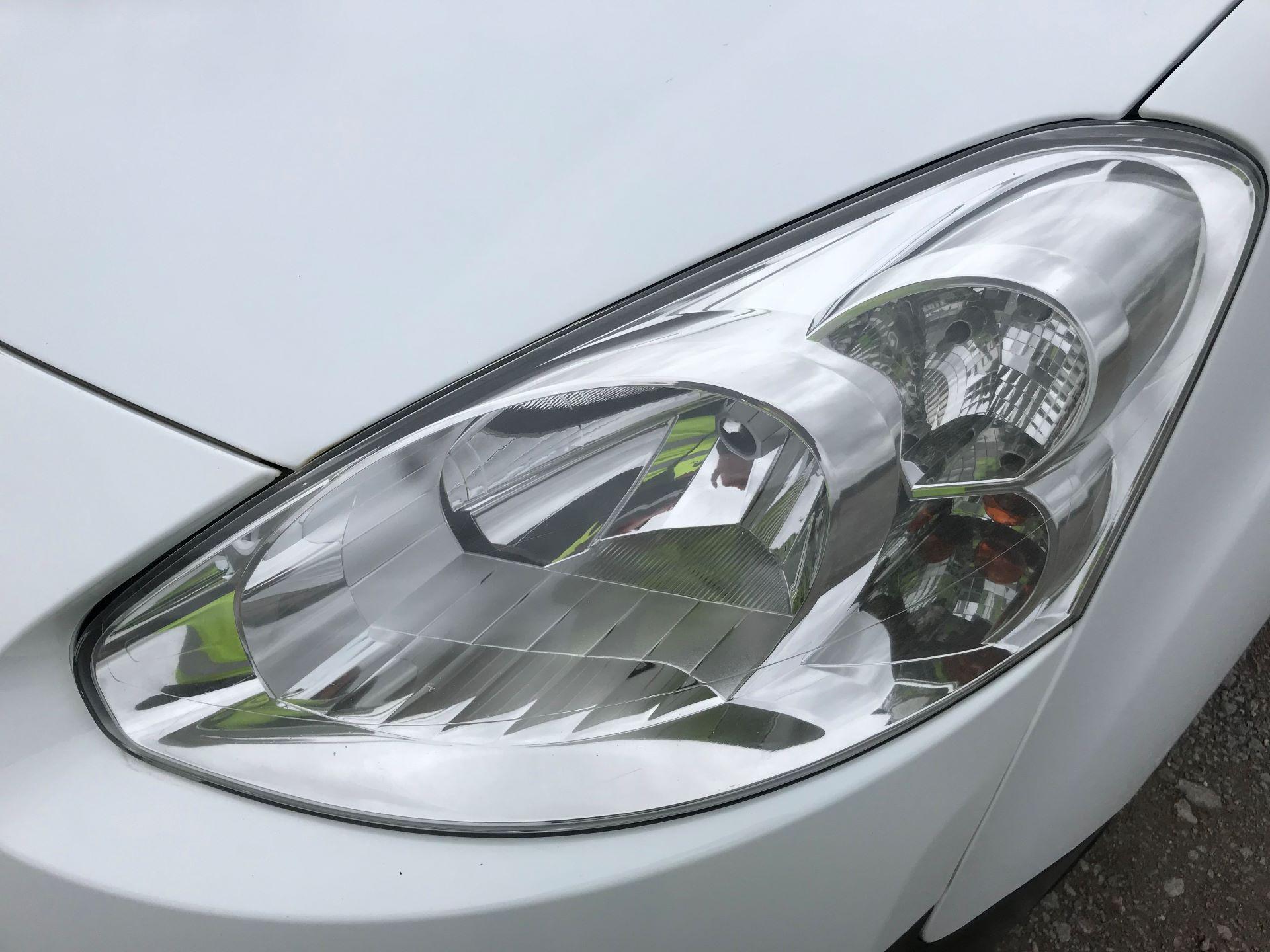 2015 Peugeot Partner L1 850 S 1.6 92PS (SLD) EURO 5 (NV64LUE) Image 28