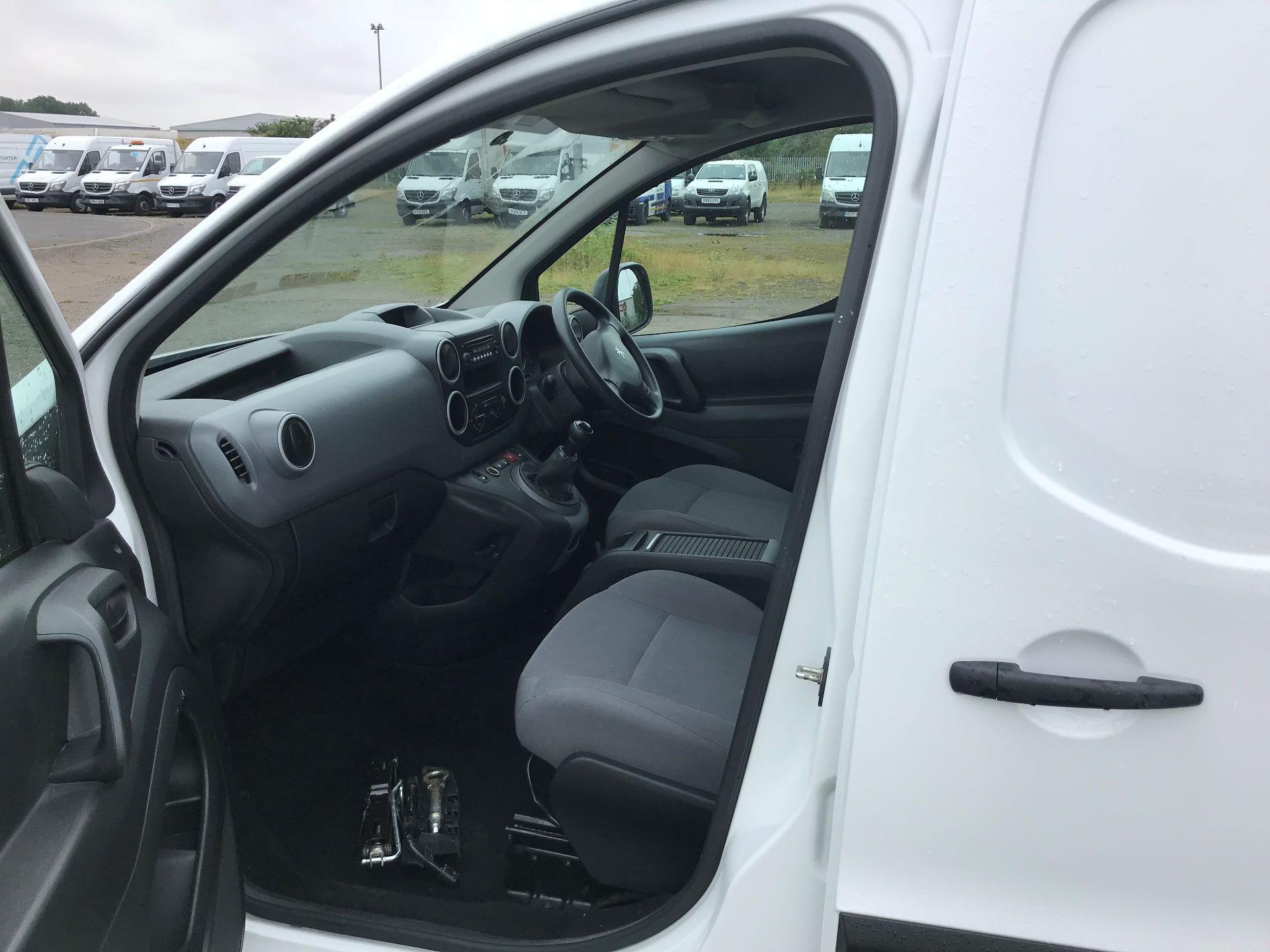 2015 Peugeot Partner 850 S 1.6 Hdi 92 Van [Sld] (NV64VXA) Image 10