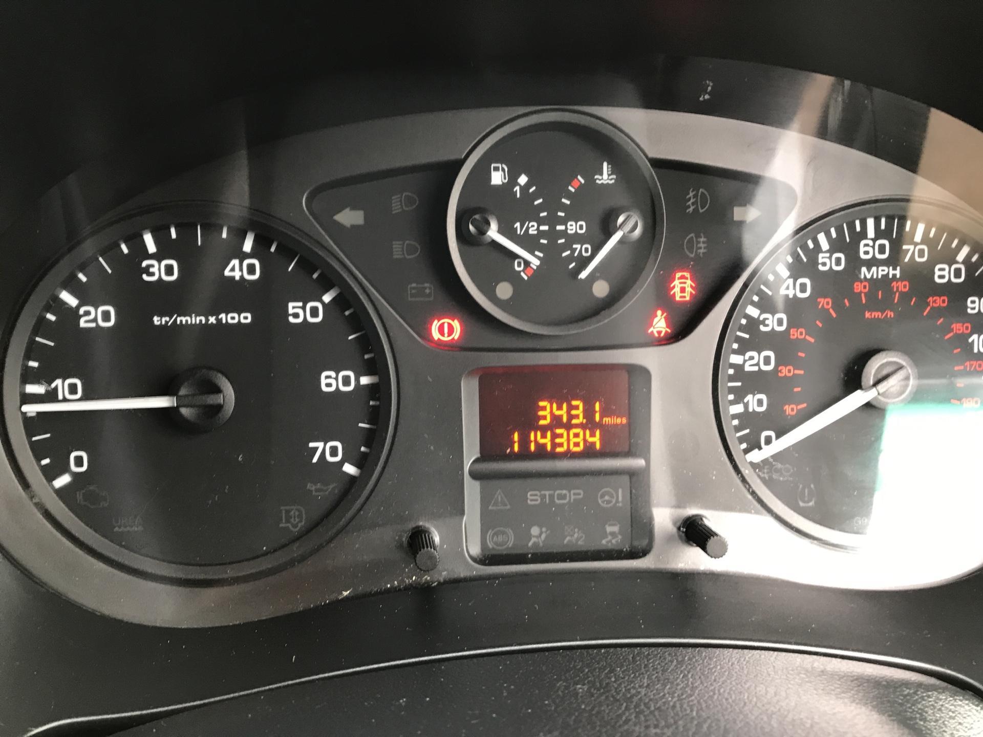 2015 Peugeot Partner L1 850 S 1.6 92PS (SLD) EURO 5 (NV64YGK) Image 13