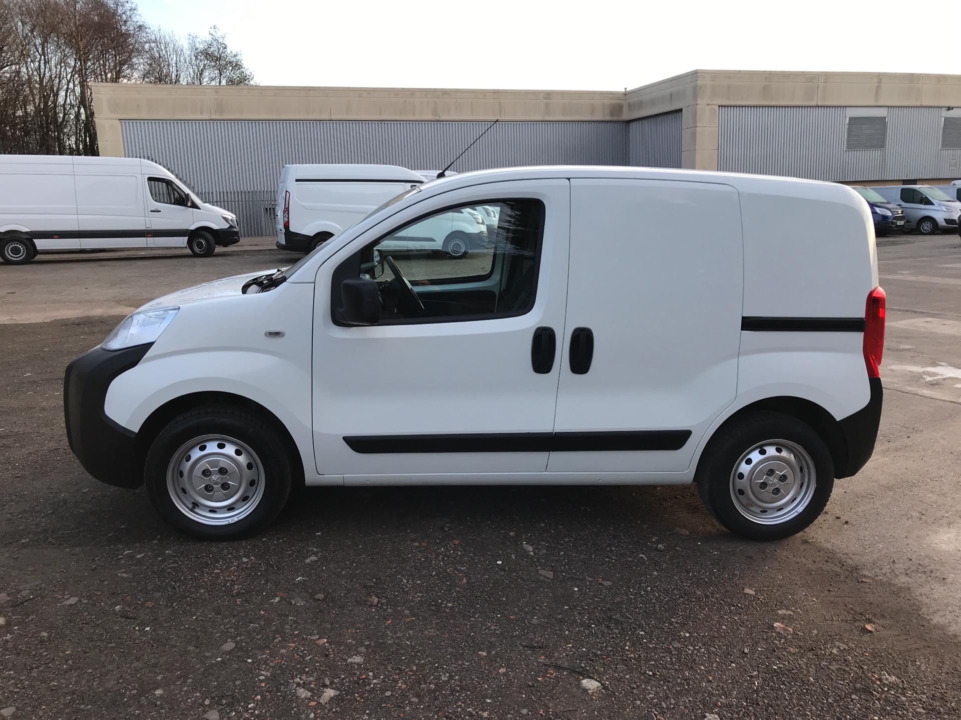 2015 Peugeot Bipper 1.3 HDI 75 S PLUS PACK NON S/S EURO 5 (NV65FFE) Image 6