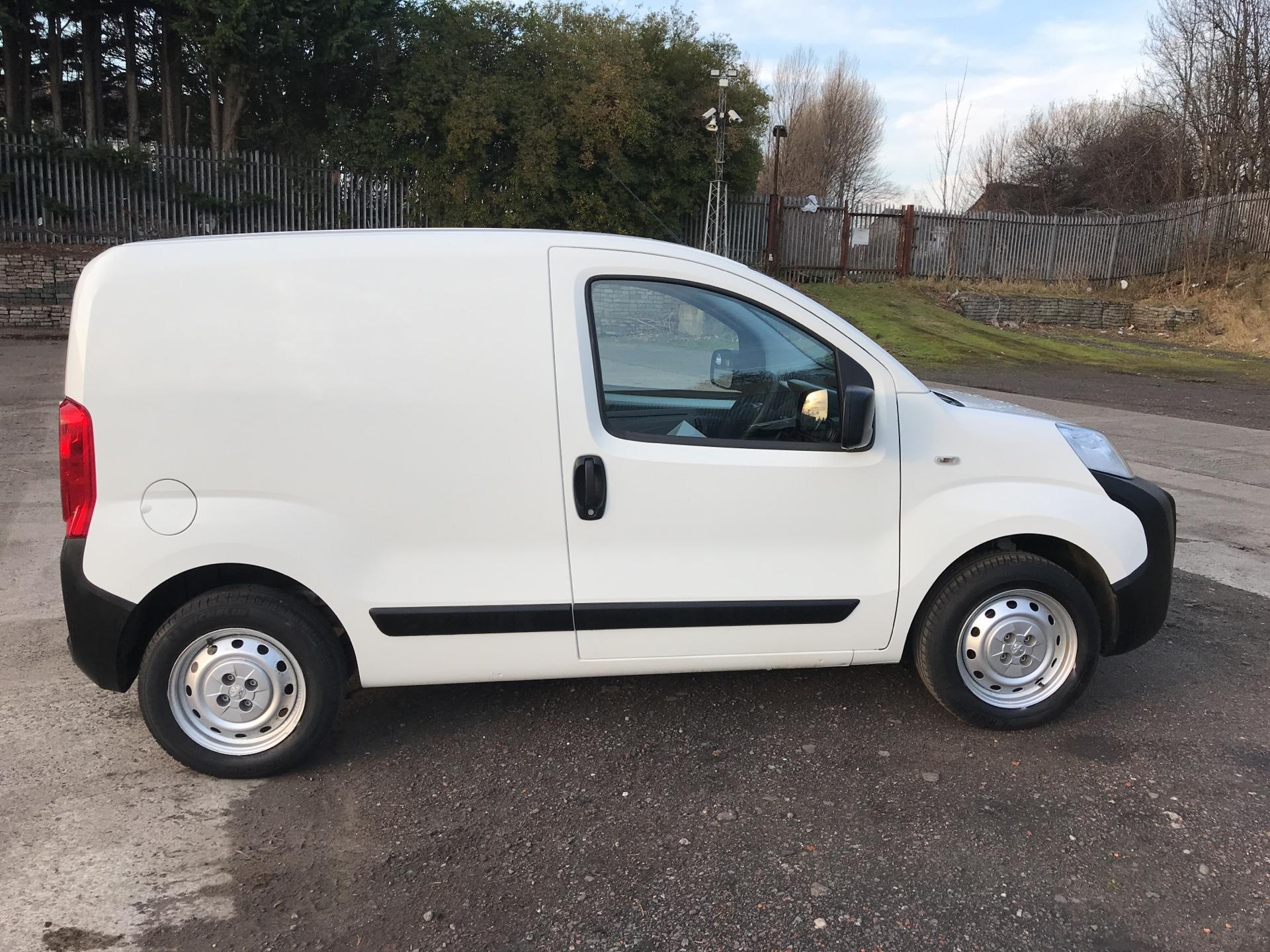 2015 Peugeot Bipper 1.3 HDI 75 S PLUS PACK NON S/S EURO 5 (NV65FFE) Image 2