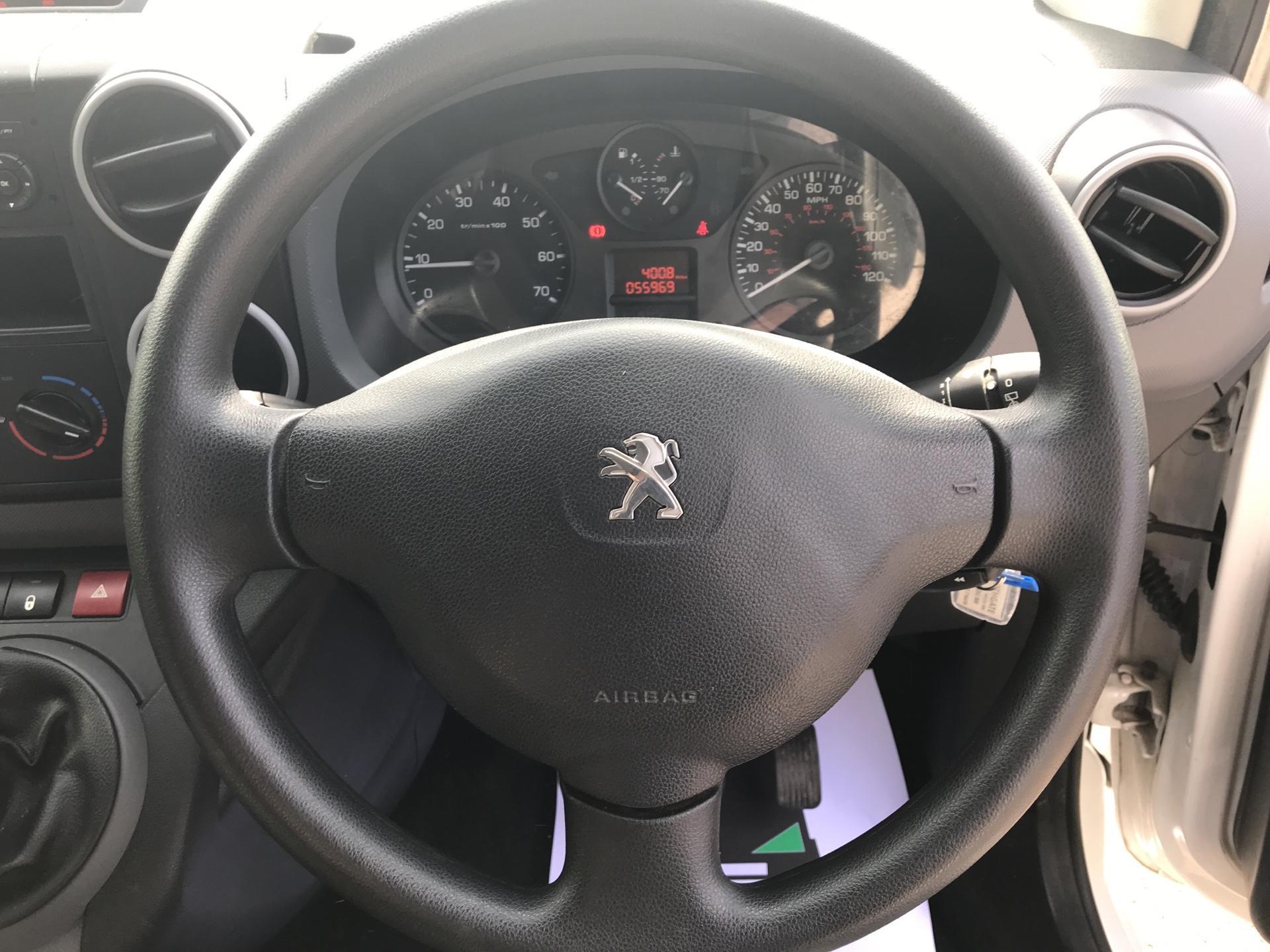 2016 Peugeot Partner 716 S 1.6 Hdi 92 Crew Van Euro 5 (NV65MJJ) Image 12