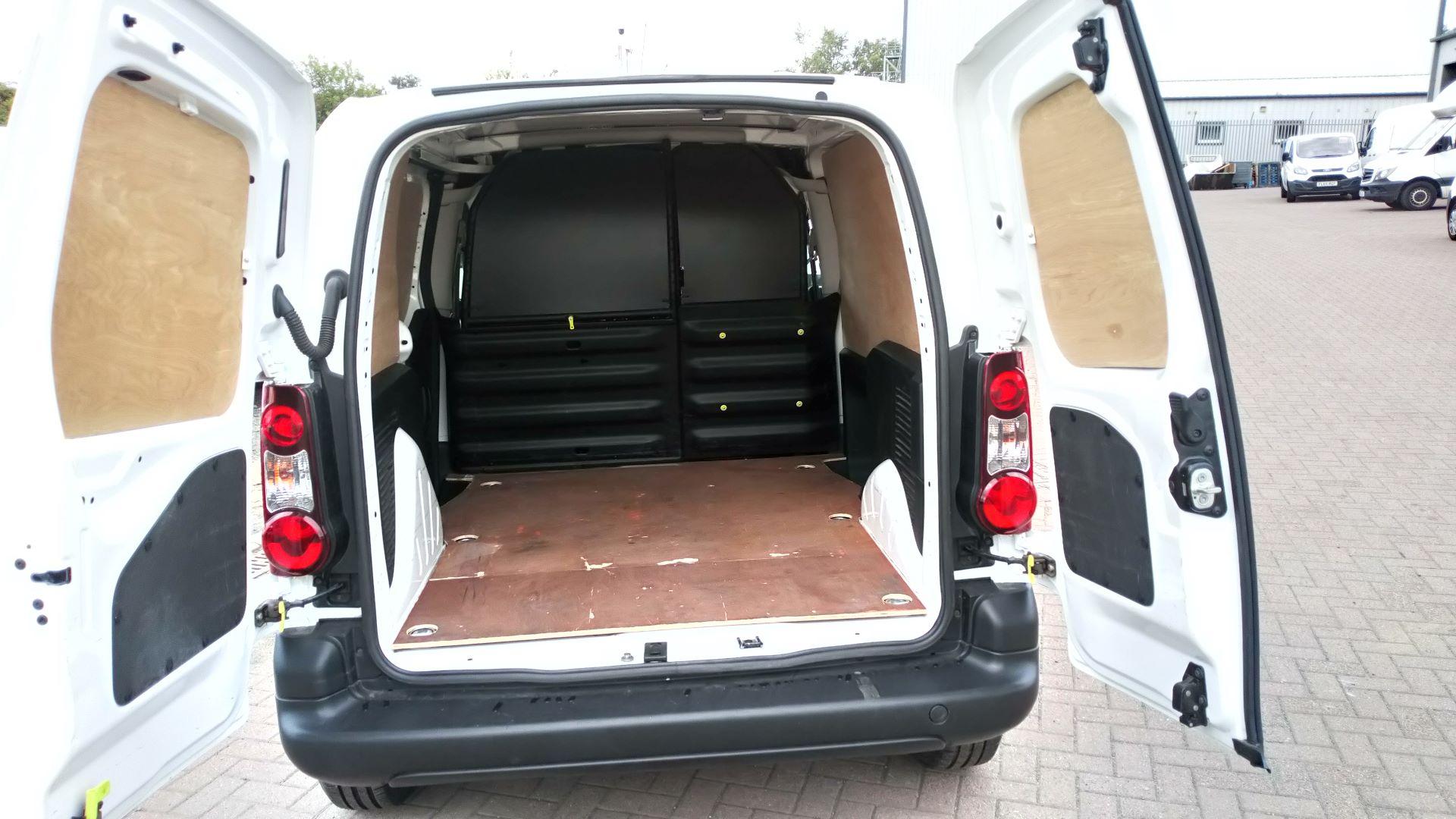 2016 Peugeot Partner 850 S 1.6 Hdi 92 Van [Sld] (NV65NKF) Image 8