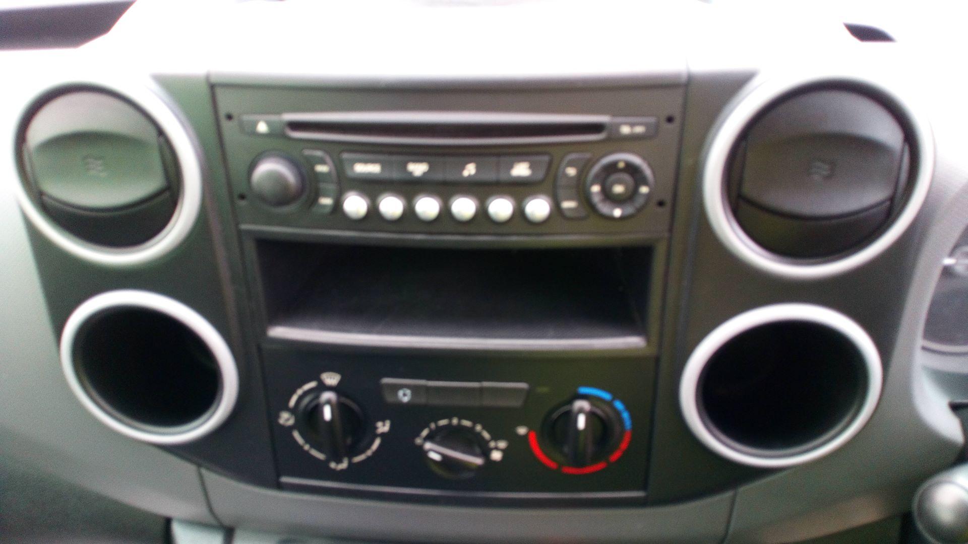 2016 Peugeot Partner 850 S 1.6 Hdi 92 Van [Sld] (NV65NKF) Image 16