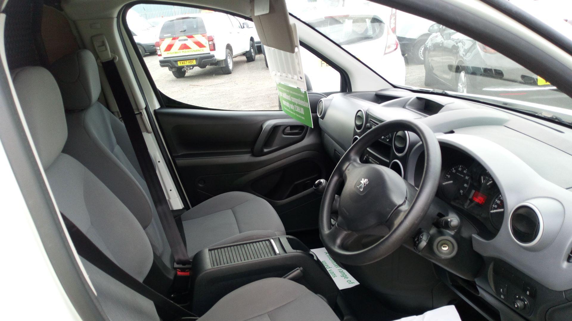 2016 Peugeot Partner 850 S 1.6 Hdi 92 Van [Sld] (NV65NKF) Image 11