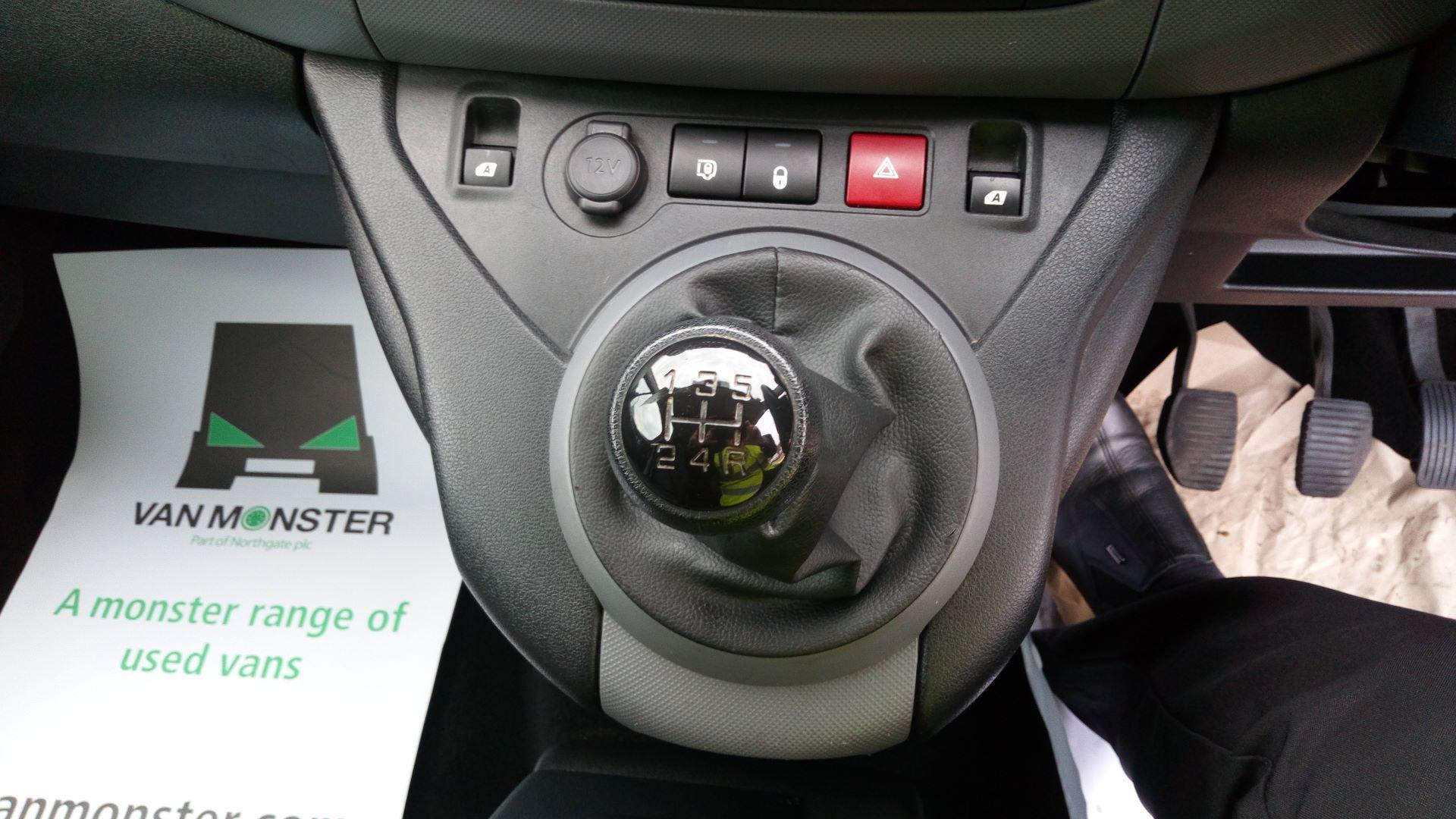 2016 Peugeot Partner 850 S 1.6 Hdi 92 Van [Sld] (NV65NKF) Image 19