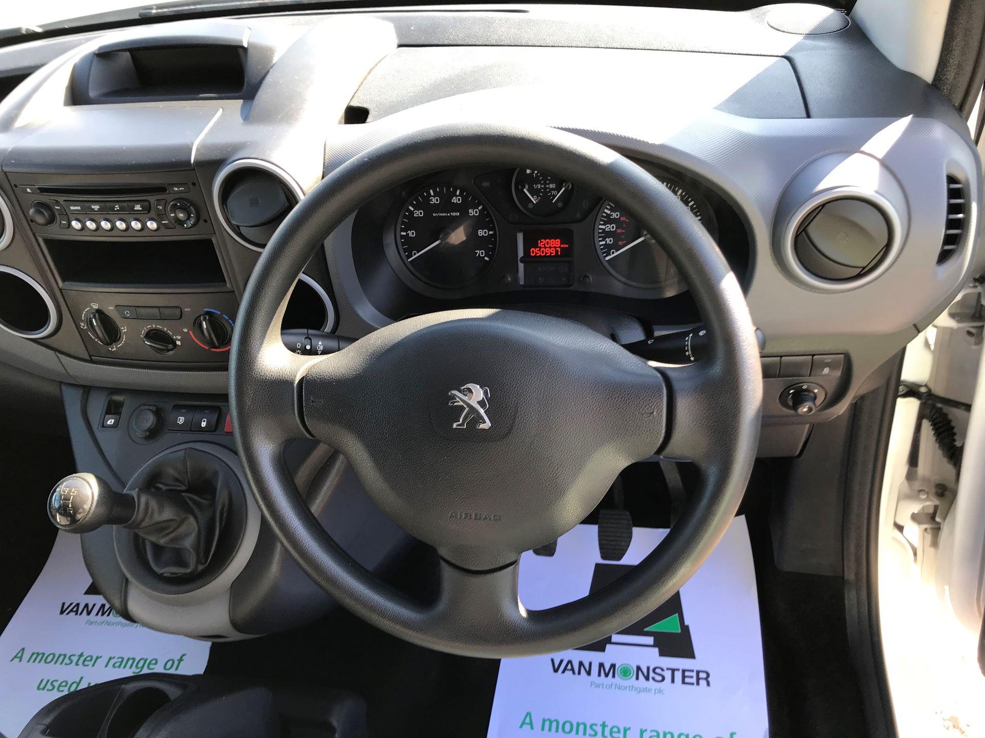 2016 Peugeot Partner L1 850 S 1.6 92PS (SLD) EURO 5 (NV65NLE) Image 24