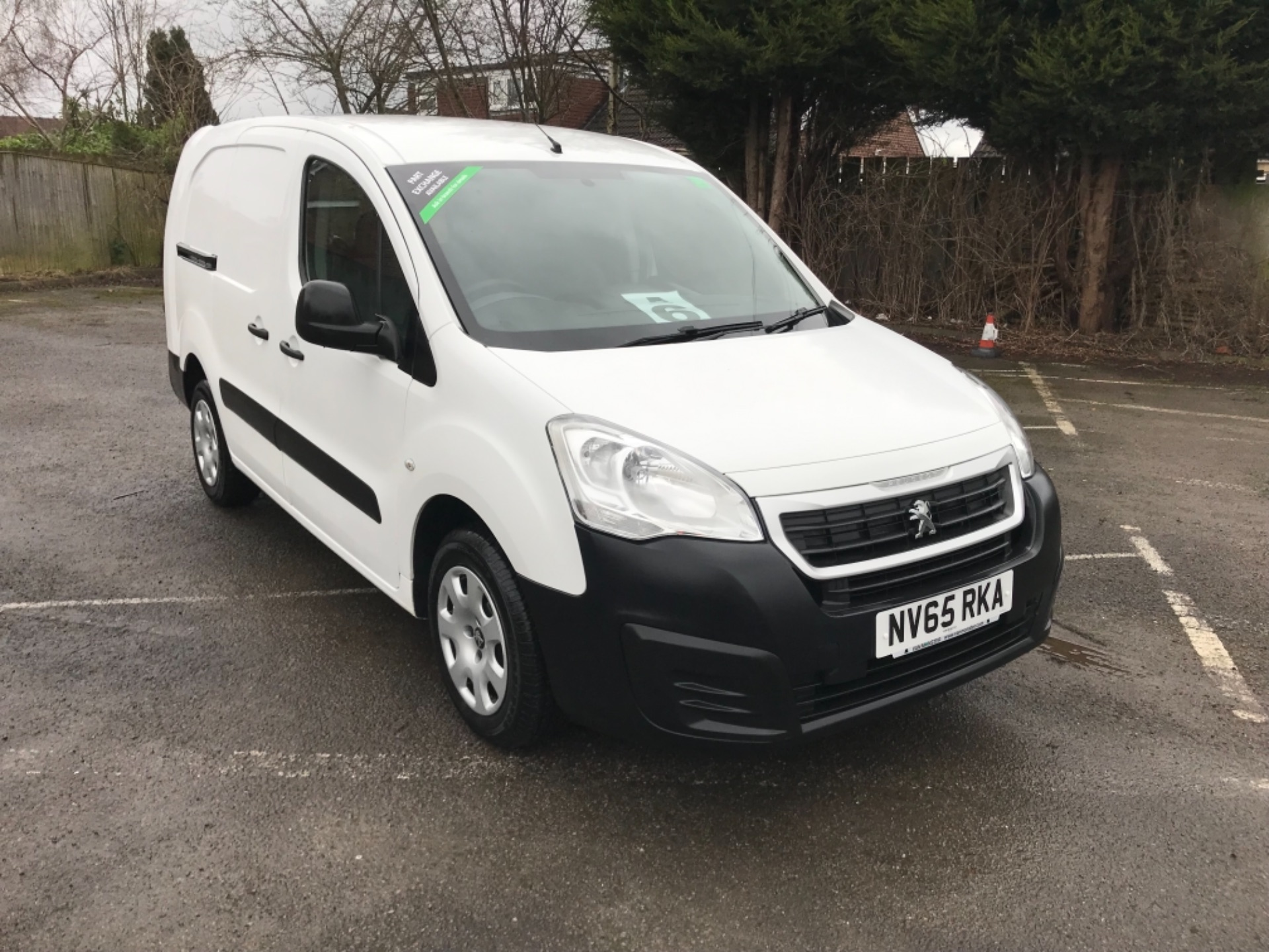 2016 Peugeot Partner 716 S 1.6 Hdi 92 Crew Van EURO 5 (Speed Limited To 56 MPH ) (NV65RKA)