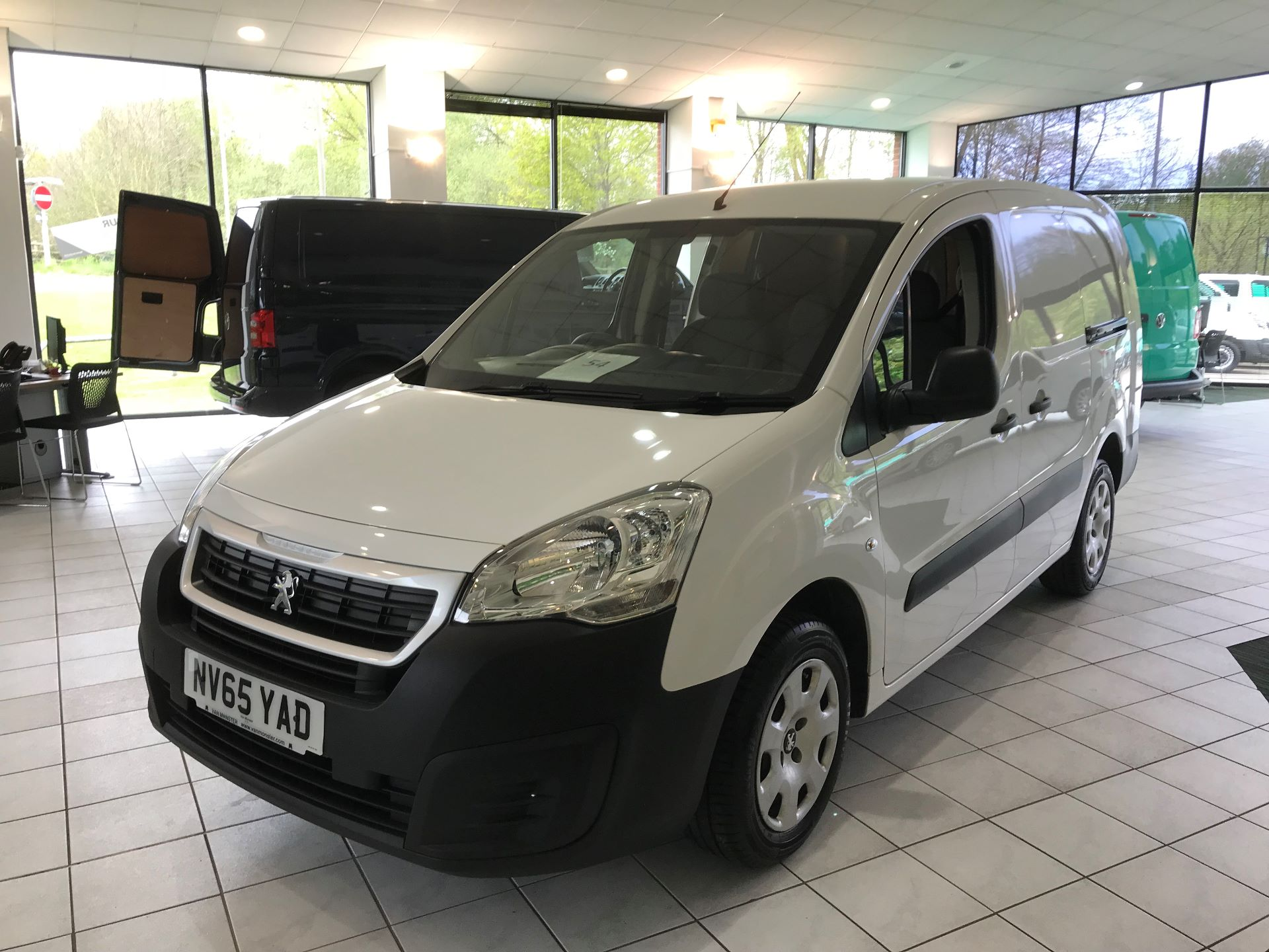 2016 Peugeot Partner L2 715 S 1.6 92PS CREW VAN EURO 5 (NV65YAD) Image 15