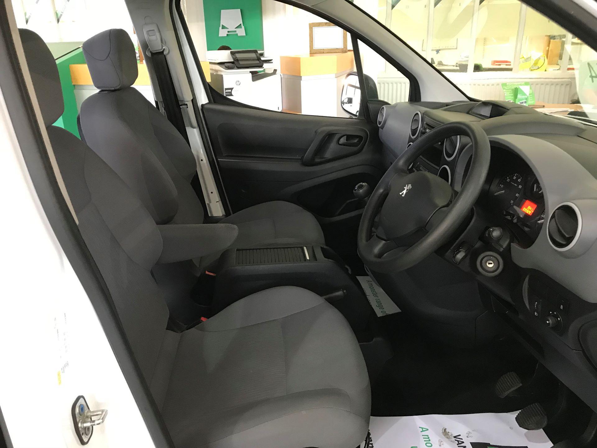 2016 Peugeot Partner L2 715 S 1.6 92PS CREW VAN EURO 5 (NV65YAD) Image 2