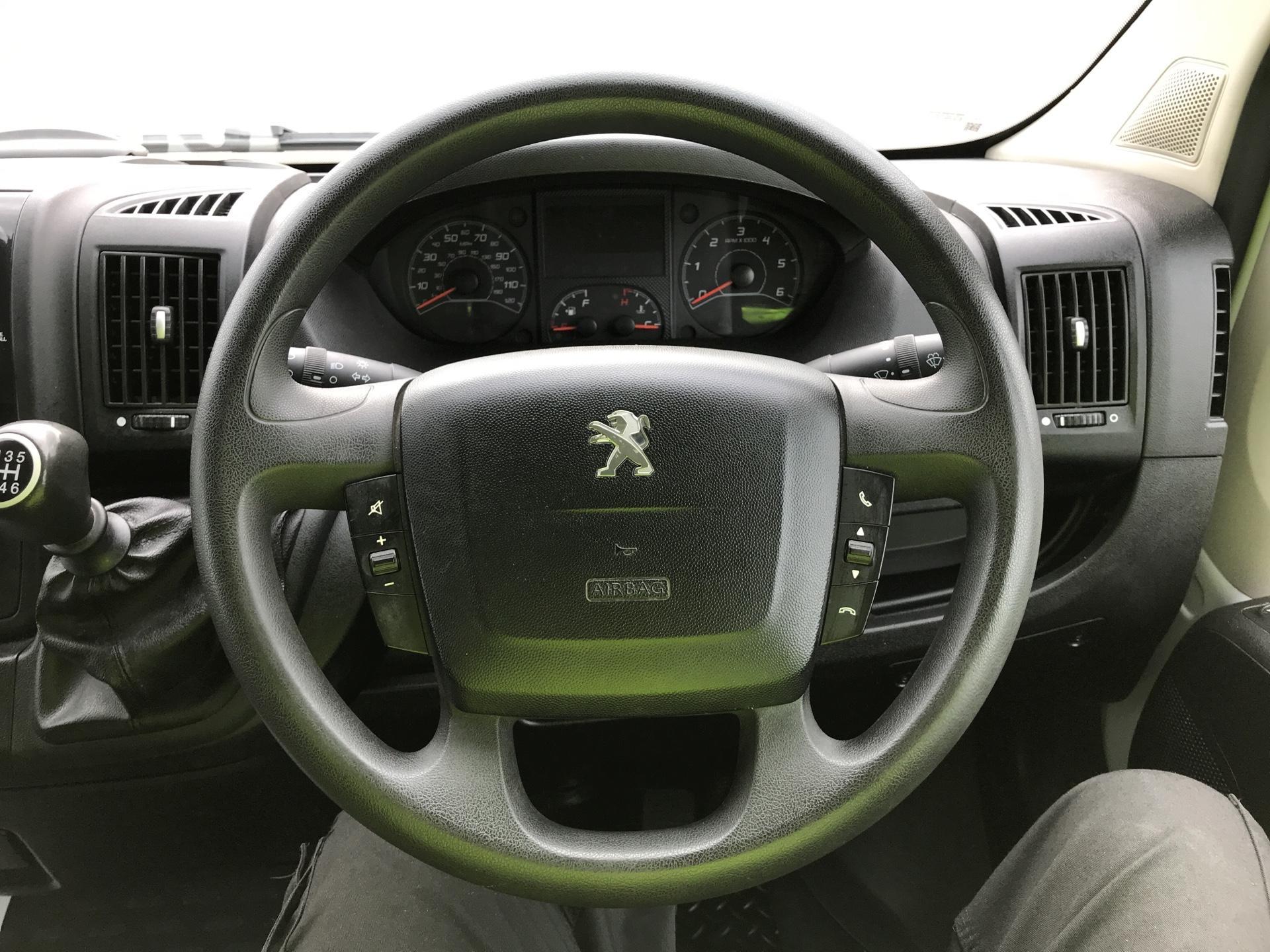 2016 Peugeot Boxer 2.2 Hdi H2 Van 130Ps (NV65YEK) Image 12