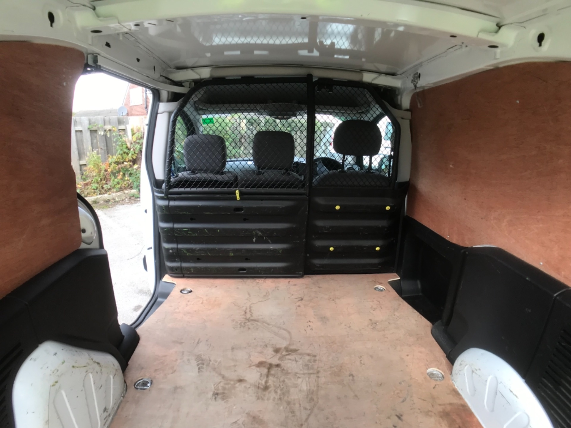 2016 Peugeot Partner 850 1.6 Bluehdi 100 Professional Van Euro 6 (NV66AAX) Image 20