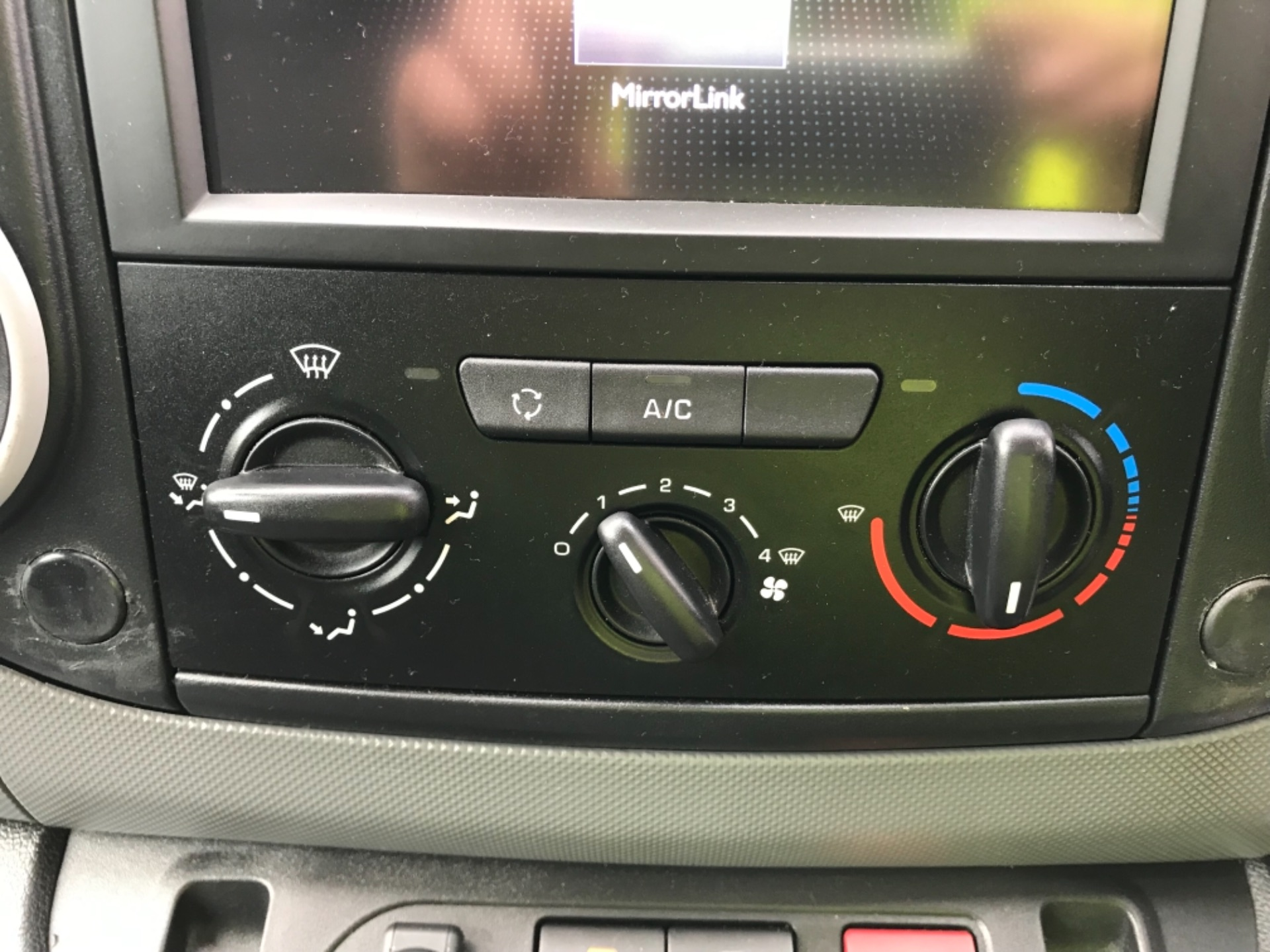 2016 Peugeot Partner 850 1.6 Bluehdi 100 Professional Van Euro 6 (NV66AAX) Image 10