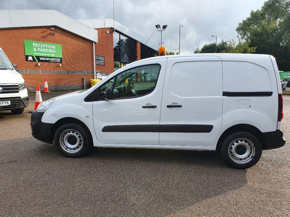 2016 Peugeot Partner 850 S 1.6 Hdi 92 Van [Sld] (NV66EKP) Image 12