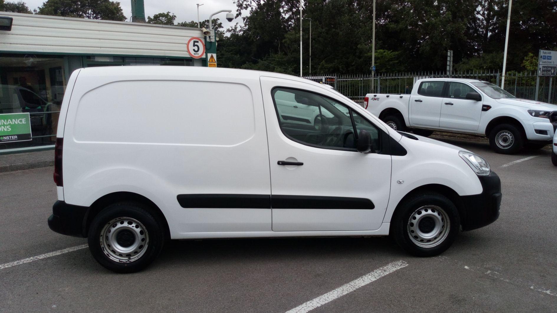2016 Peugeot Partner 850 S 1.6 Bluehdi 100 Van [Sld] (NV66EKU) Image 2