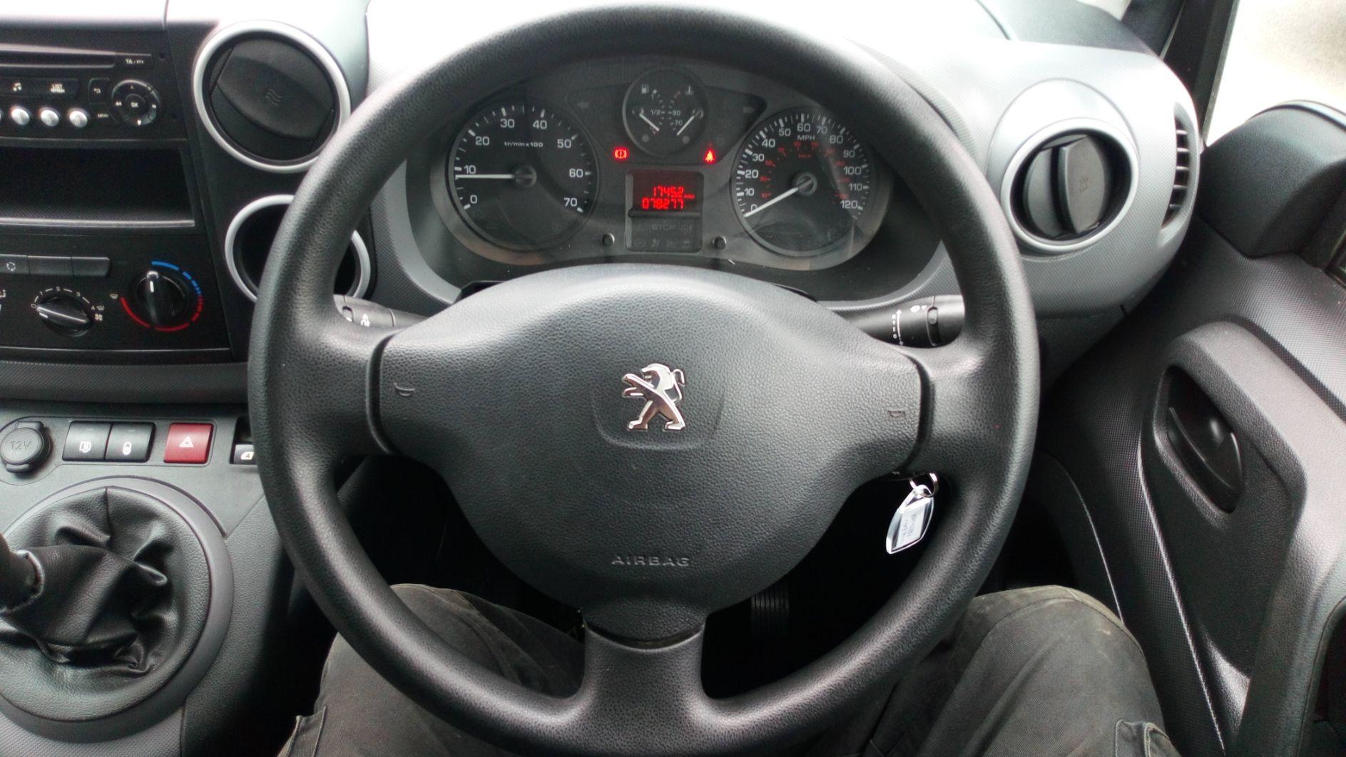 2016 Peugeot Partner 850 S 1.6 Bluehdi 100 Van [Sld] (NV66EKU) Image 15