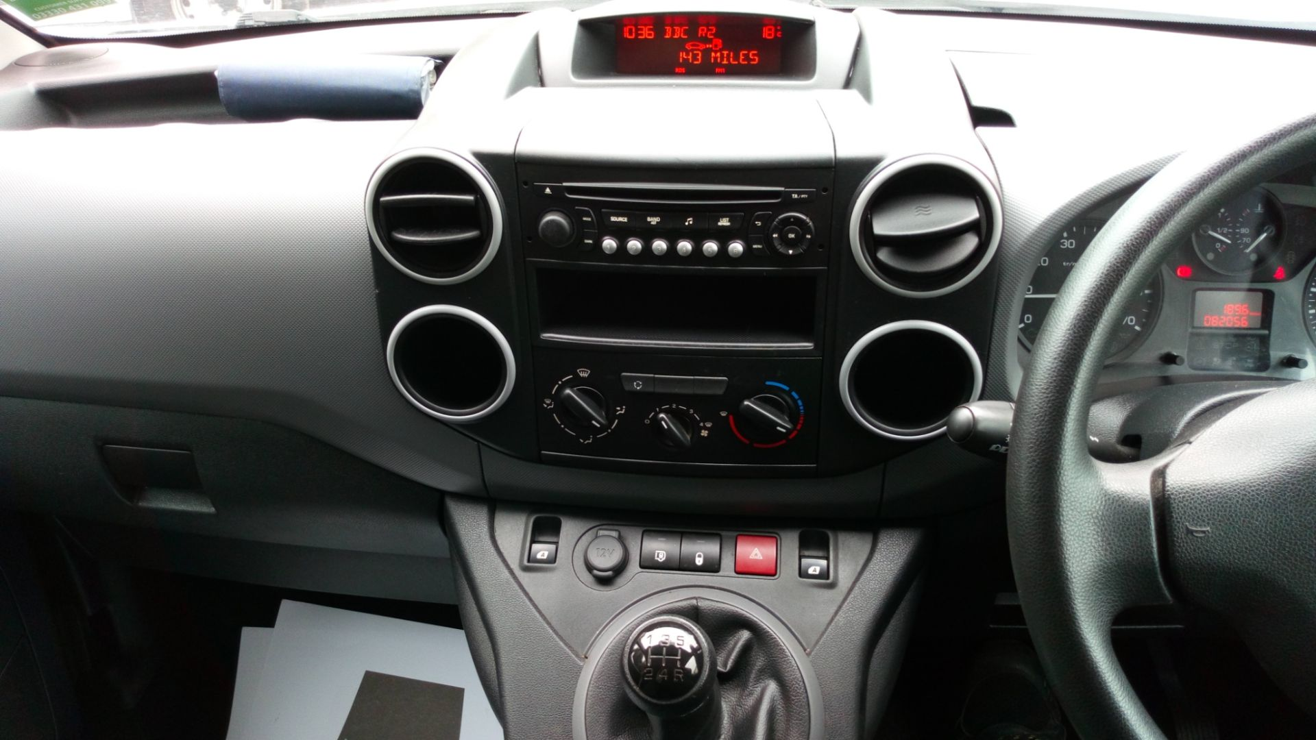 2016 Peugeot Partner L1 850 S 1.6 BLUEHDI 100 VAN EURO 6  (NV66EKX) Image 12