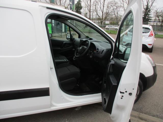 2016 Peugeot Partner 850 S 1.6 Bluehdi 100 Van [Sld] (NV66ELO) Image 9