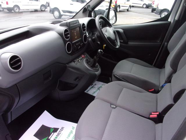2016 Peugeot Partner 850 1.6 Bluehdi 100 Professional Van [Non Ss] (NV66KZX) Image 16